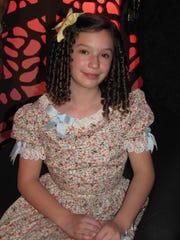 Mía tiene 13 años y desde los 11 es actriz, ha participado en tres cintas, una de ellas en doblaje; en una obra de teatro y en la bioserie de Silvia Pinal. La Voz.