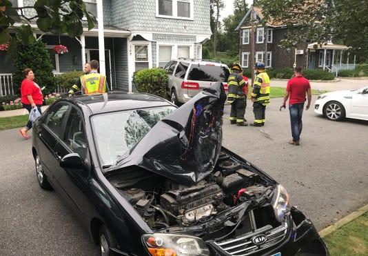 Car Crashes Into Hawthorne Building