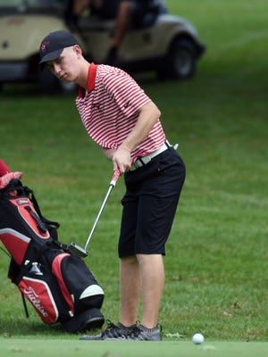 Crooksville's Owen Carney watches his putt on the 18th hole at the 2019 Muskingum Valley League Tournament. Carney won his first ZDGA Juniors title on Wednesday at EagleSticks.