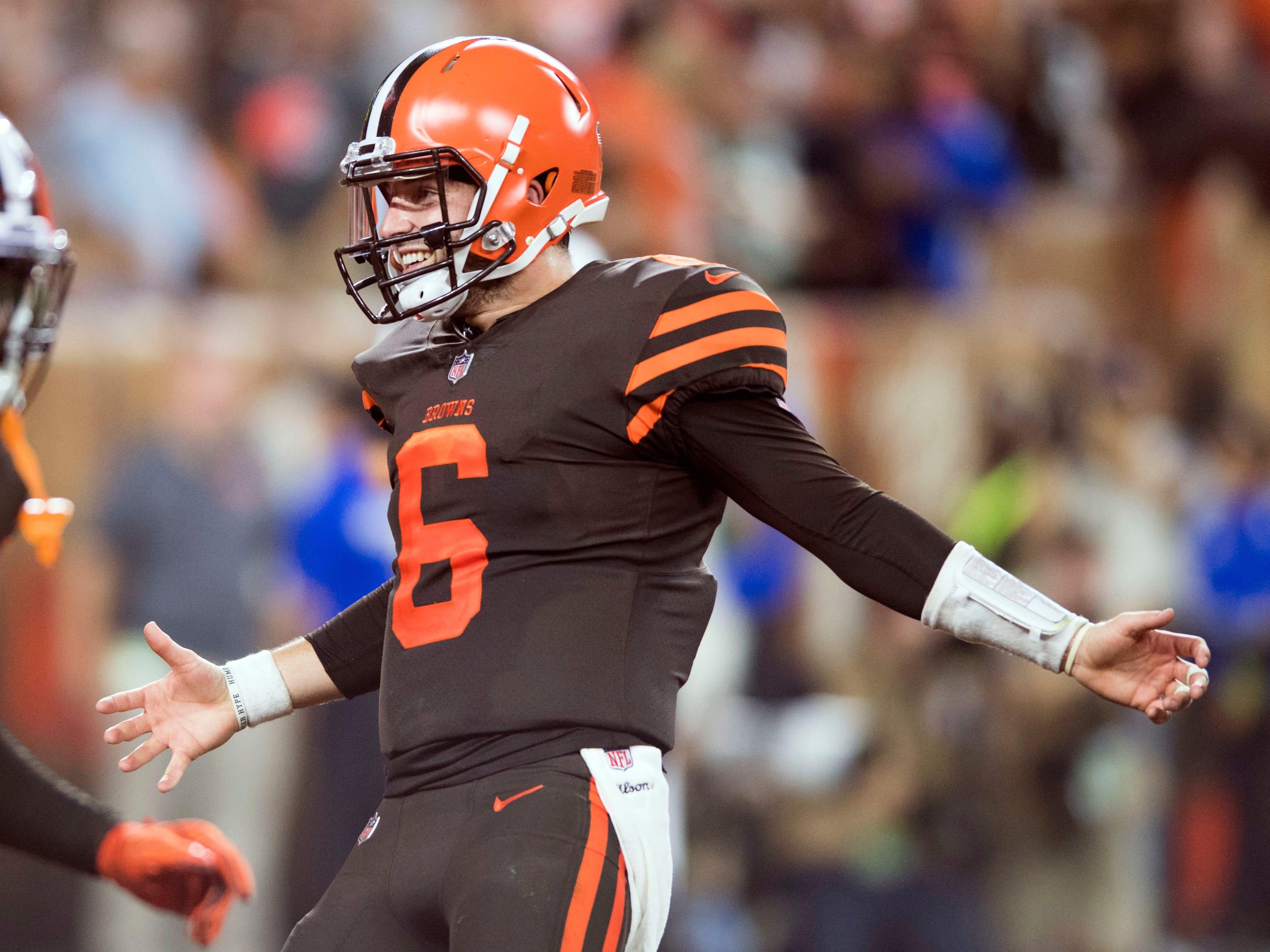 Cleveland Browns quarterback Baker Mayfield celebrates after Carlos Hyde scores a touchdown during the second half against the New York Jets at FirstEnergy Stadium.