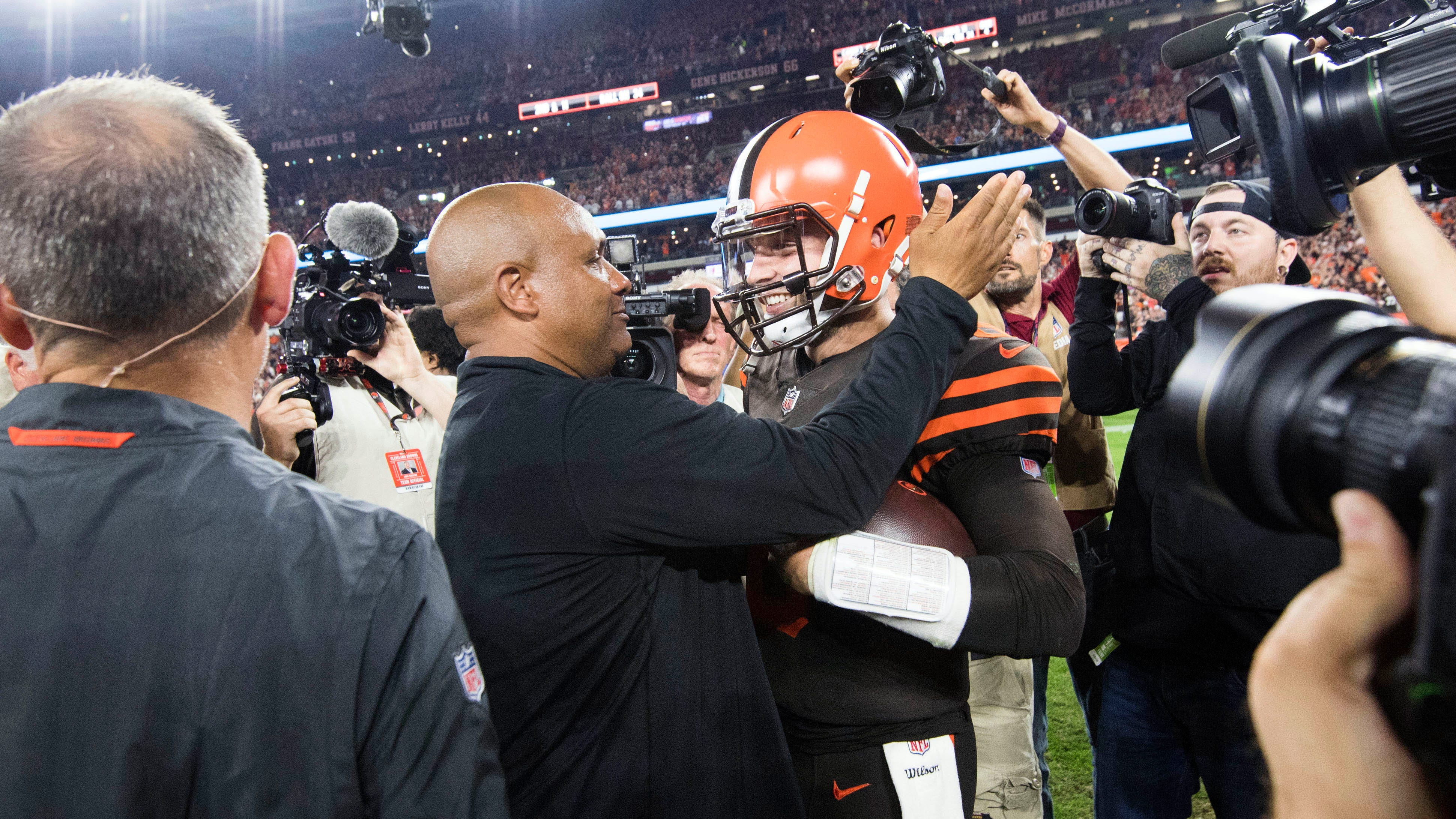 Is Baker Mayfield Cleveland Browns' starting quarterback? Hue Jackson has to watch tape