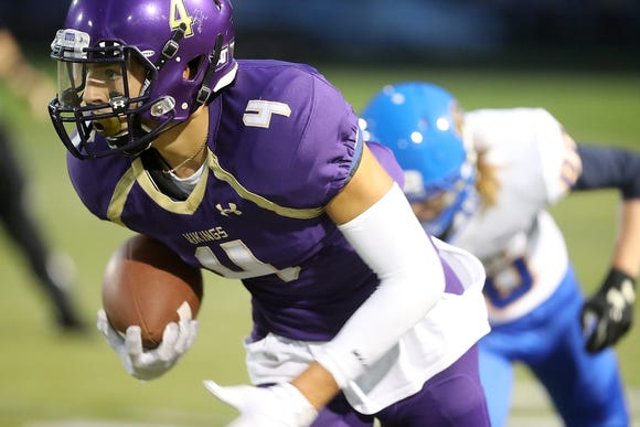 North Kitsap senior Blake Wetzsteon is the Kitsap Sun's Week 4 football player of the week.