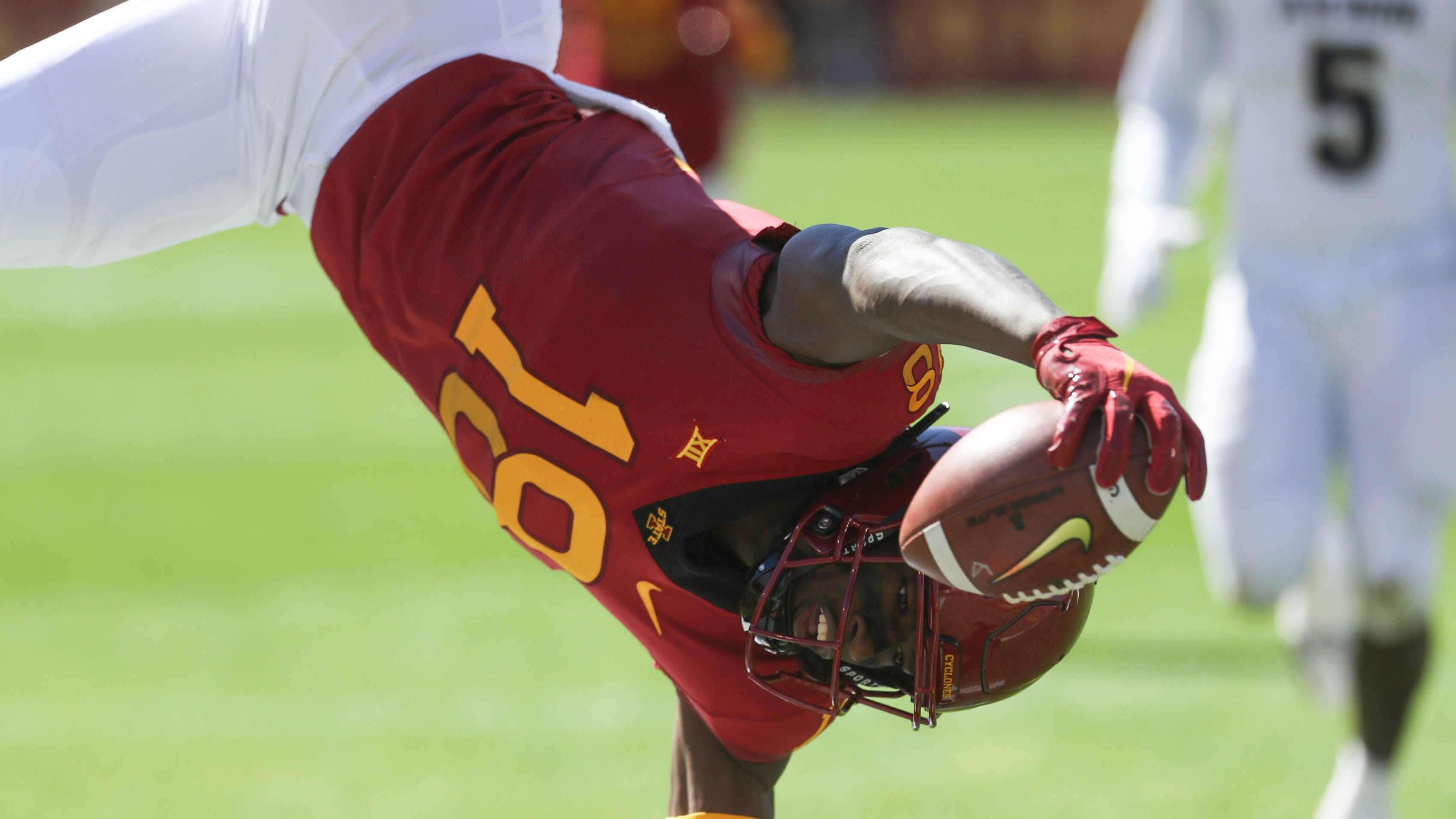 Hakeem Butler one of the few bright spots for Iowa State's offense