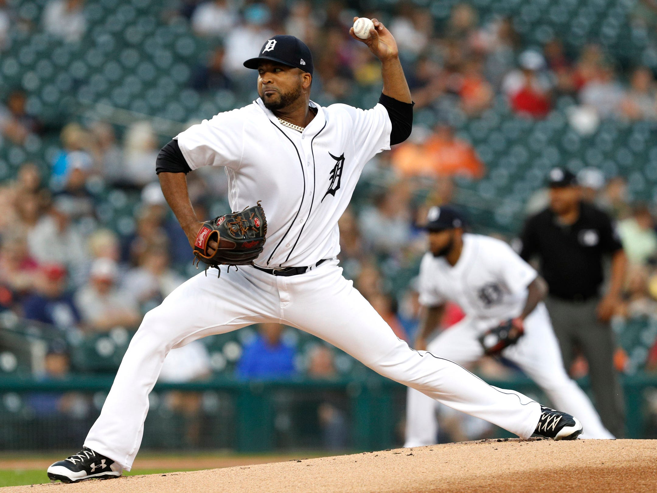 Detroit Tigers starting pitcher Francisco Liriano pitches during the first inning against the Kansas City Royals at Comerica Park on Sept. 21, 2018.
