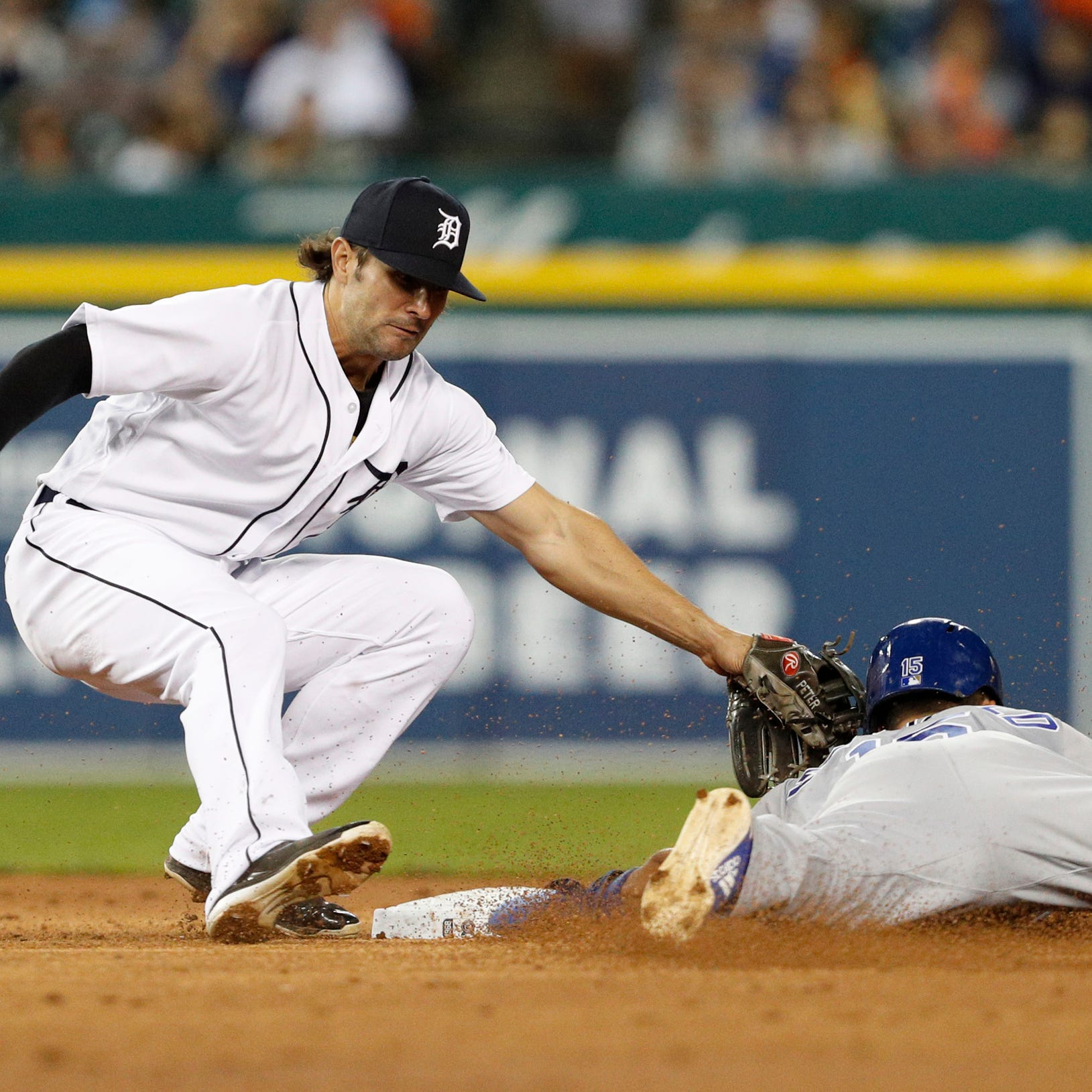 Detroit Tigers let down by defense, lose to Kansas City Royals, 4-3