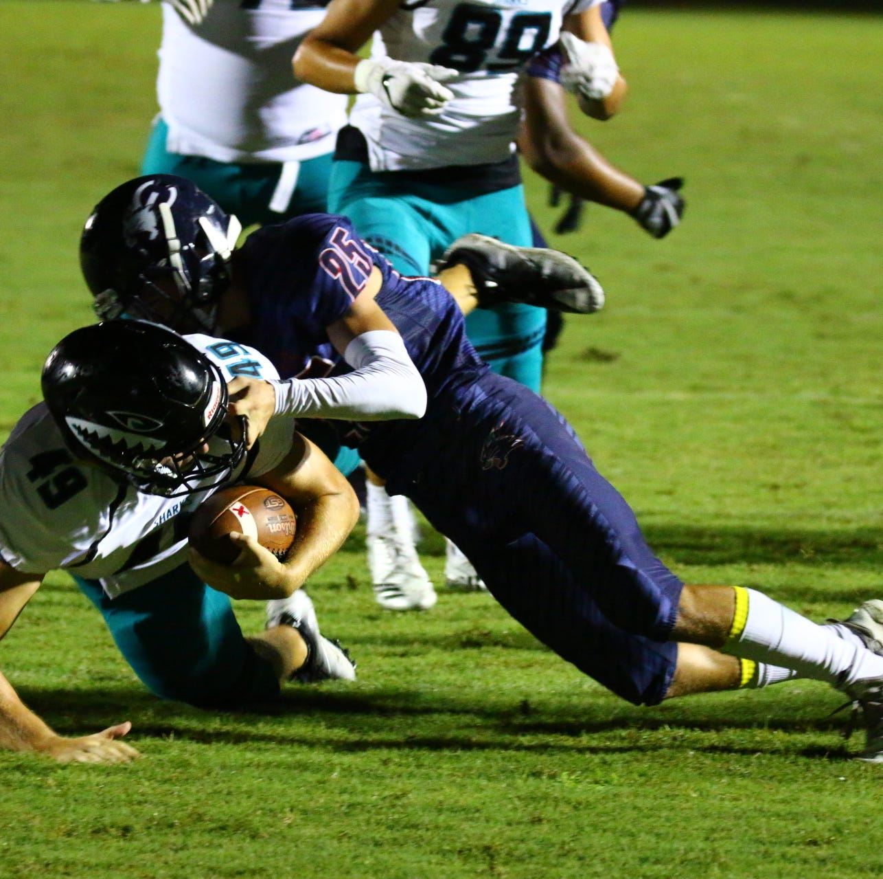 SWFL High School football: Scores, photos, videos from Week 5 of the regular season