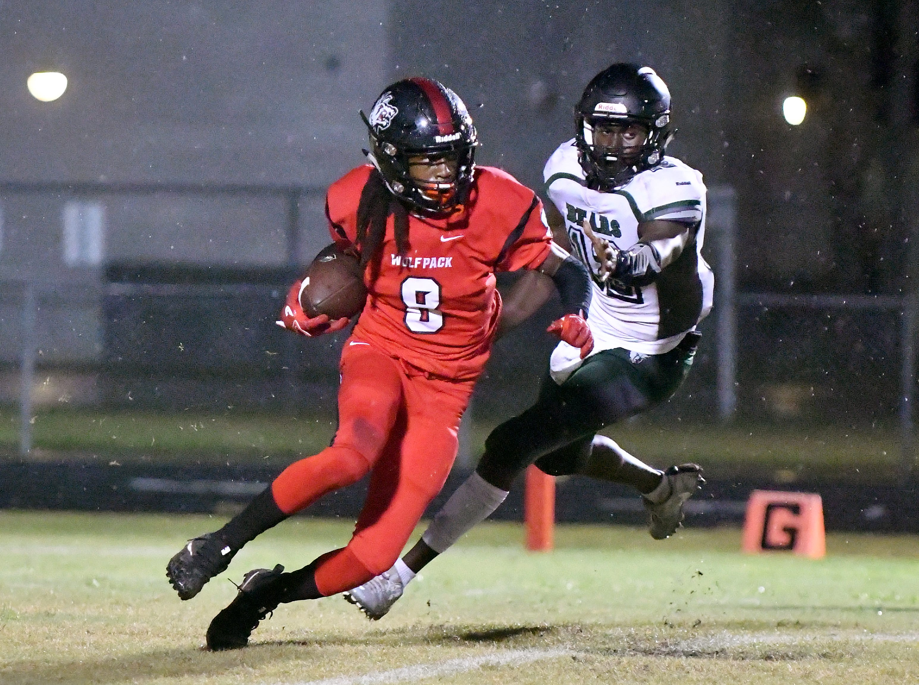 South Fort Myers High School wide receiver Malik Curtis (8) runs the ball up filed during their game with Palmetto Ridge High School in Fort Myers ,Friday, Sept. 21, 2018.
