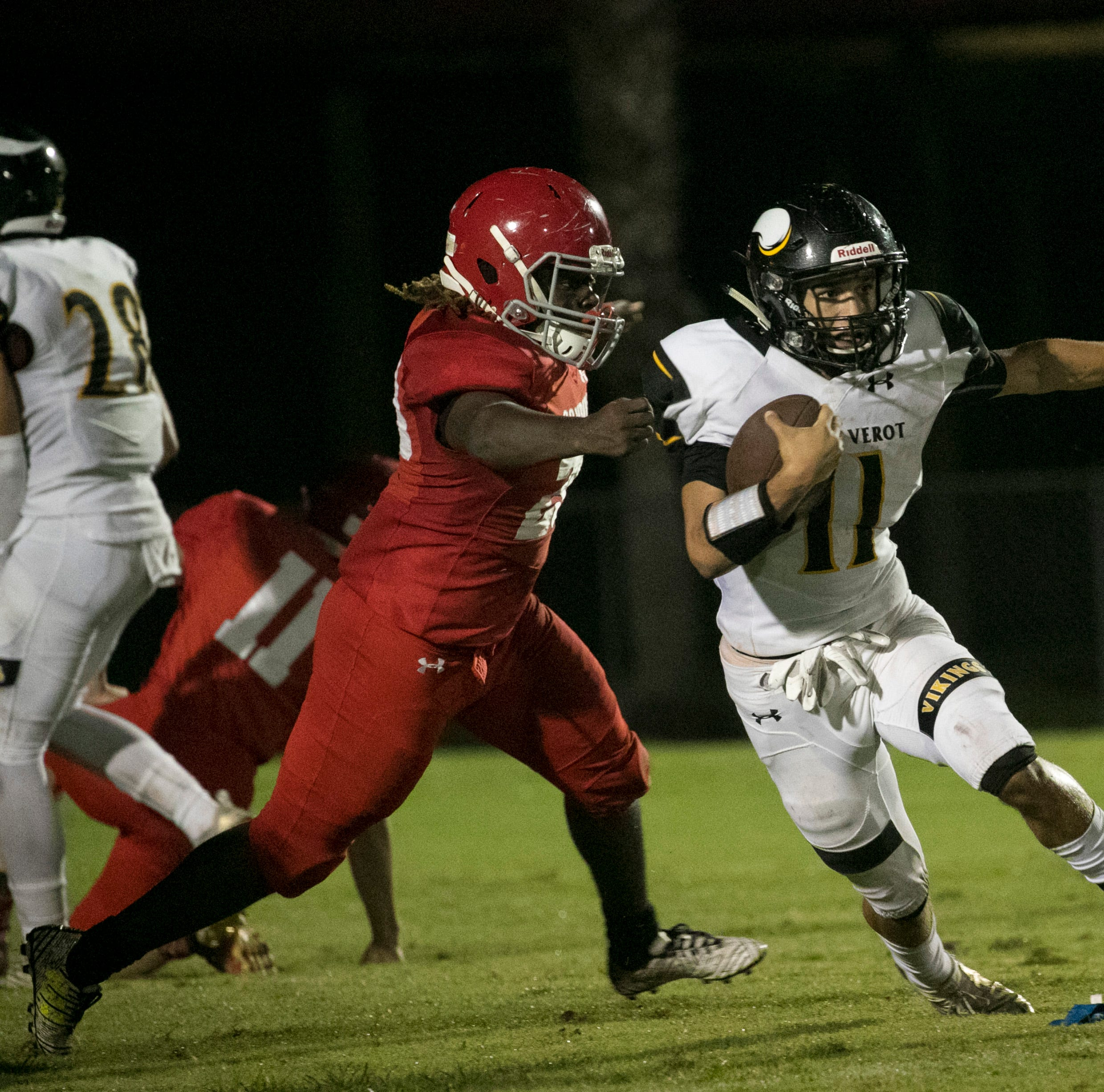 Game of the Week: Bishop Verot beats LaBelle physically, mentally in high school football win