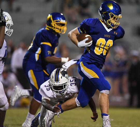 Wren's Eli Wilson (88) carries against Broome Friday, September 21, 2018, at Wren High in Piedmont.