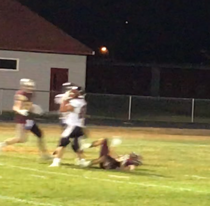 Coop's two late catches boosts Centerville over Choteau