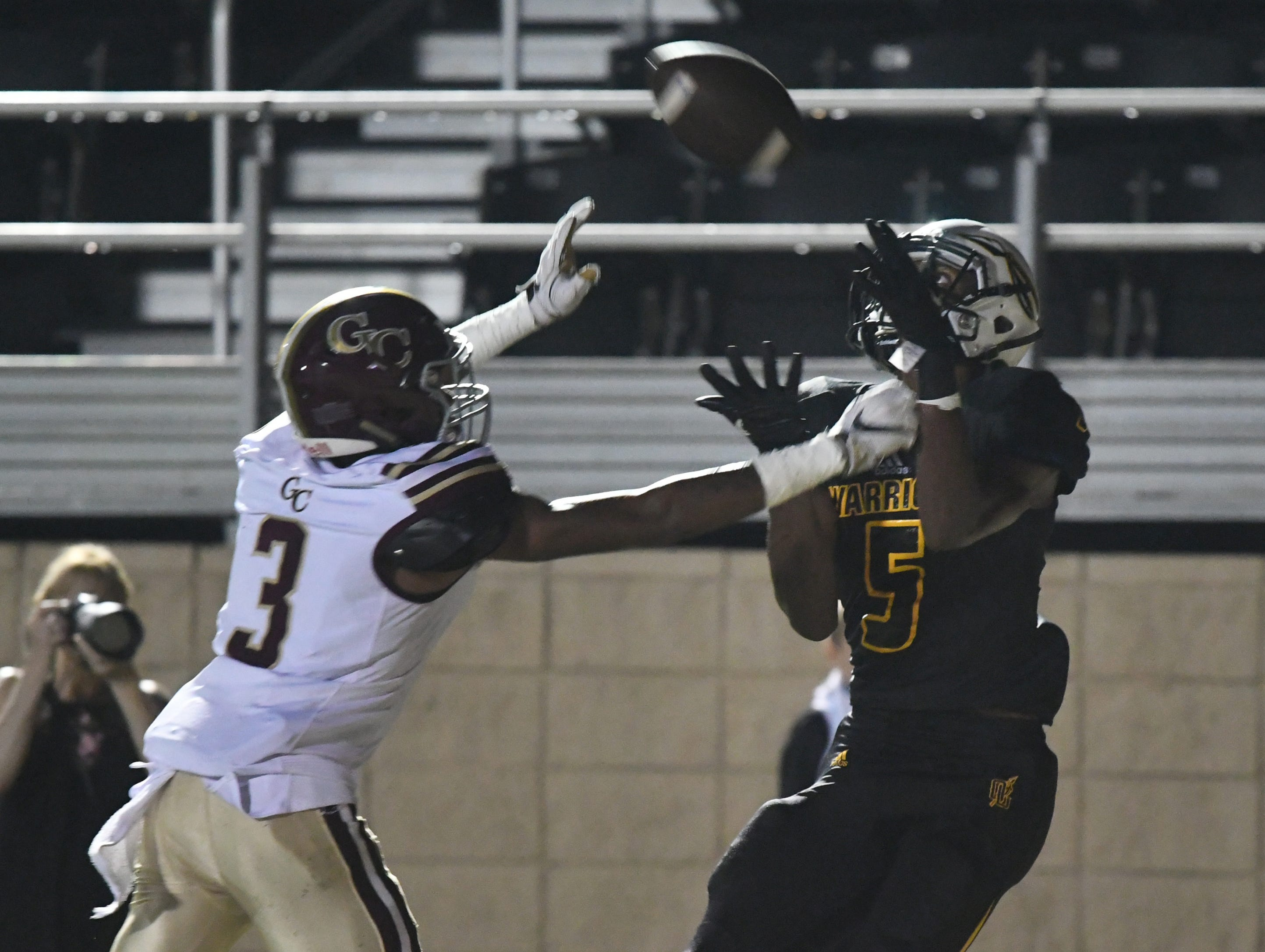 Oak Grove wide receiver Tavion Smith catches the ball in a game against George County in Hattiesburg on Friday, September 21, 2018.