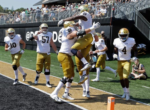 53d71feb1 Notre Dame football  Ian Book ignites Irish in rout of Wake Forest