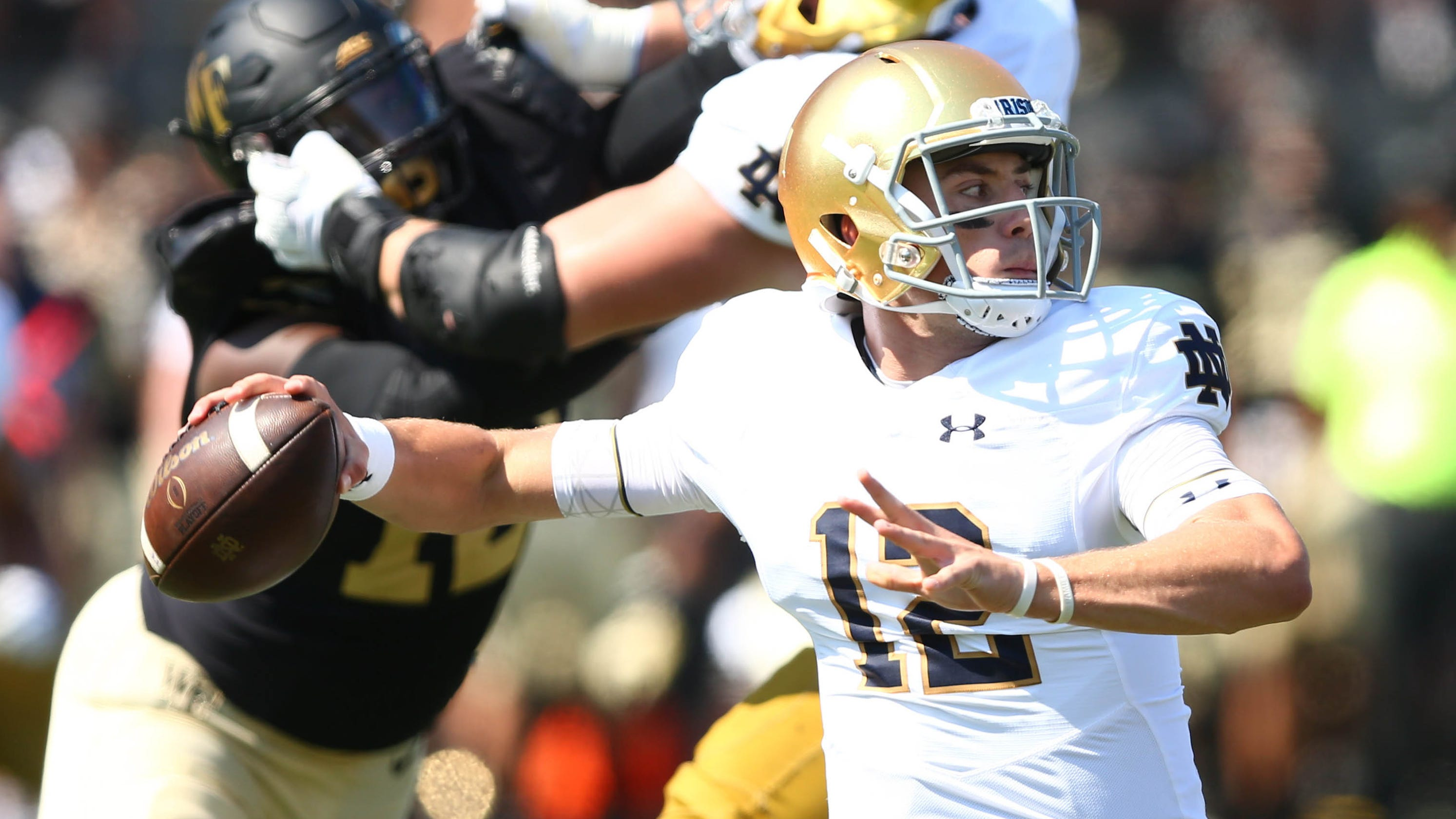 745bf6190 Buzzer breakdown  Notre Dame s switch to Ian Book ignites Irish offense in  rout of Wake Forest