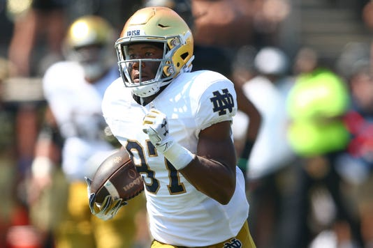 Ncaa Football Notre Dame At Wake Forest