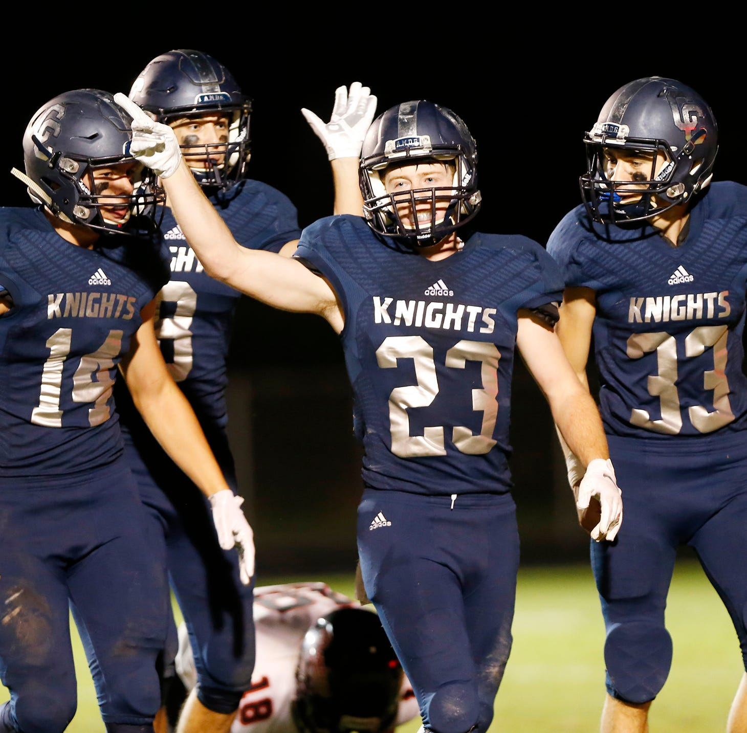 Central Catholic knocks off Rensselaer, 26-21