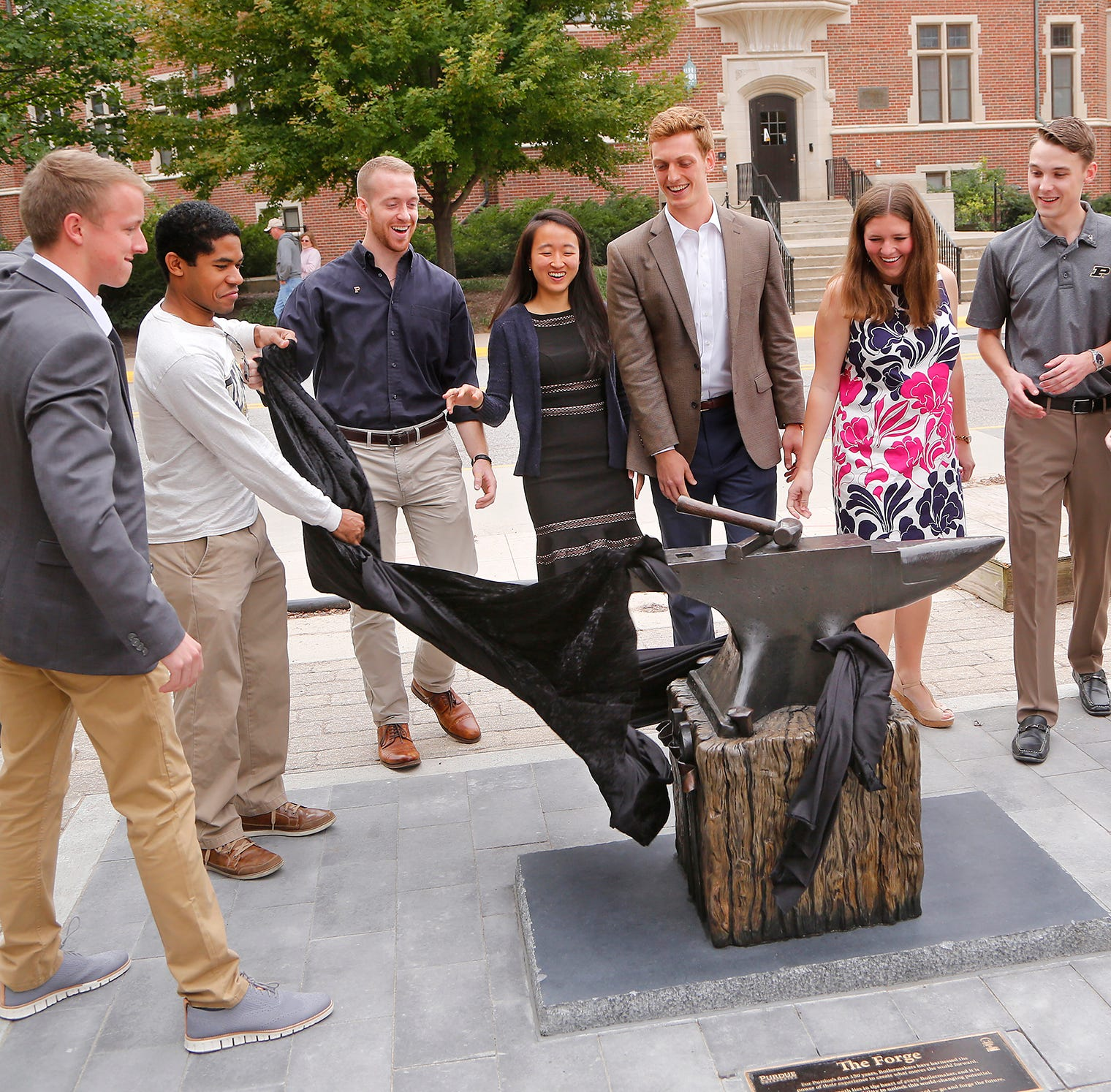 Purdue unveils 'The Forge' sculpture, ready for 150th anniversary selfies