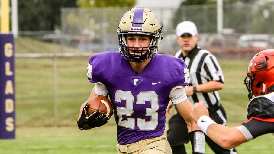 Fowlerville's Tom Salois ran 7 times for 97 yards and 2 touchdowns in a 38-0 victory over Lansing Eastern.