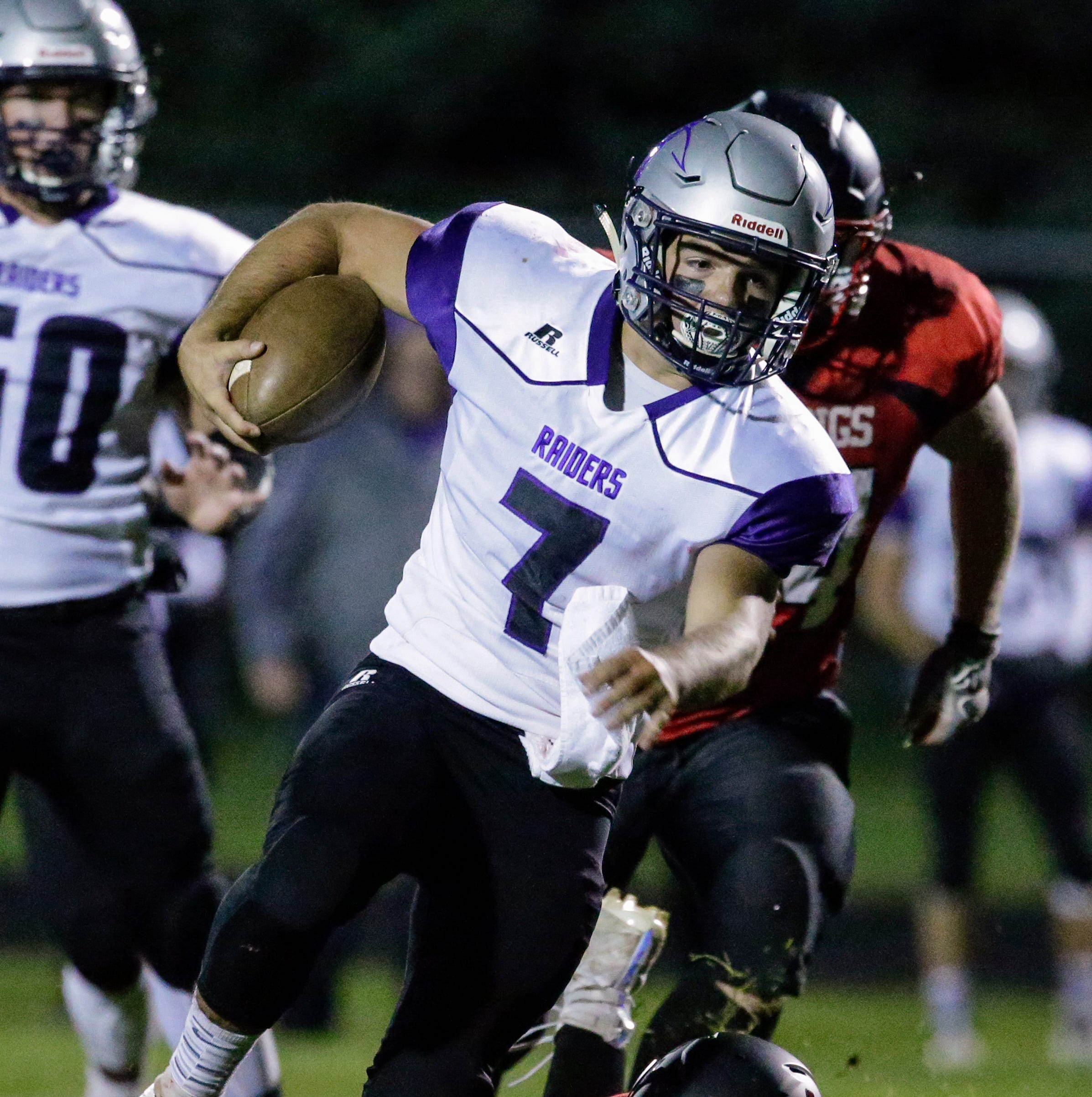 High school football: Kiel routs Valders behind surprise onside kick