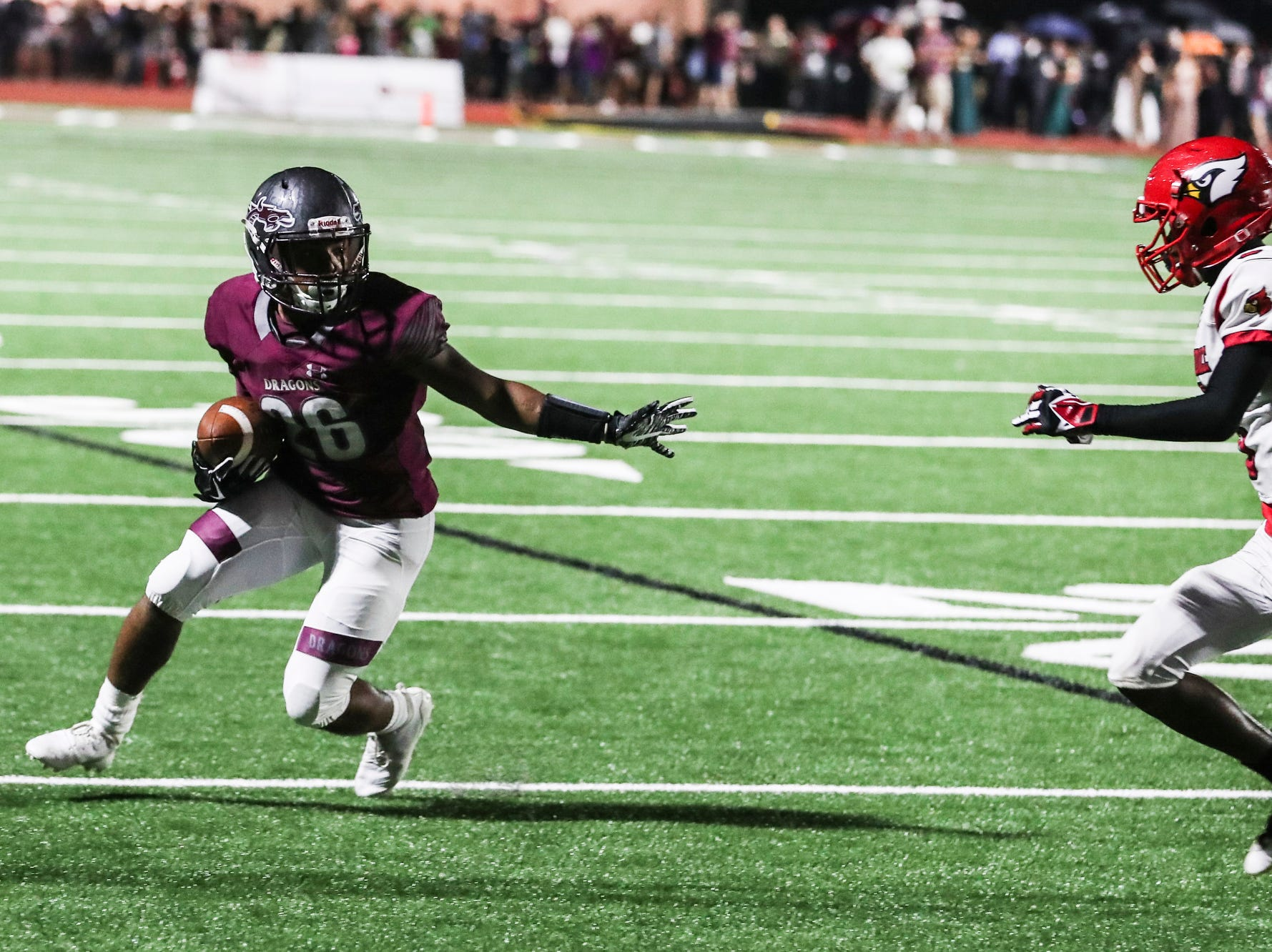 September 21 2018 - Collierville's Caleb Harris runs with the ball during Friday night's game versus Wooddale at Collierville High School.