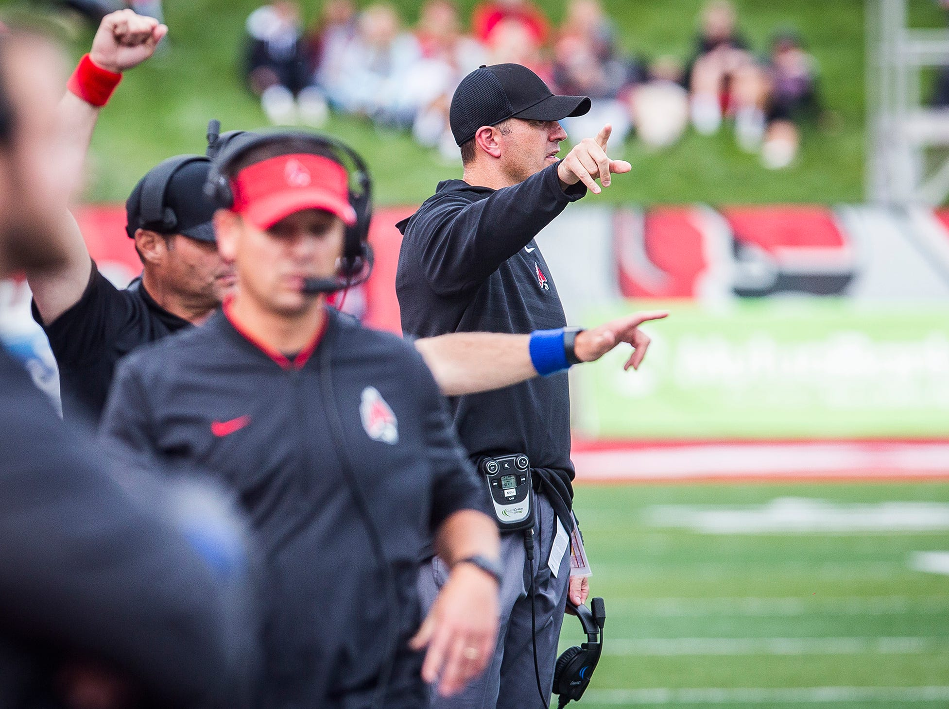 Ball State's Mike Neu coaches against Western Kentucky during their game at Scheumann Stadium Saturday, Sept. 22, 2018.