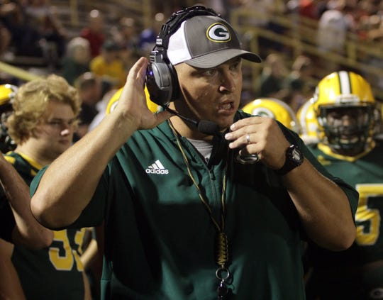 Gallatin coach Mark Williams has stepped down after seven seasons with the Green Wave.
