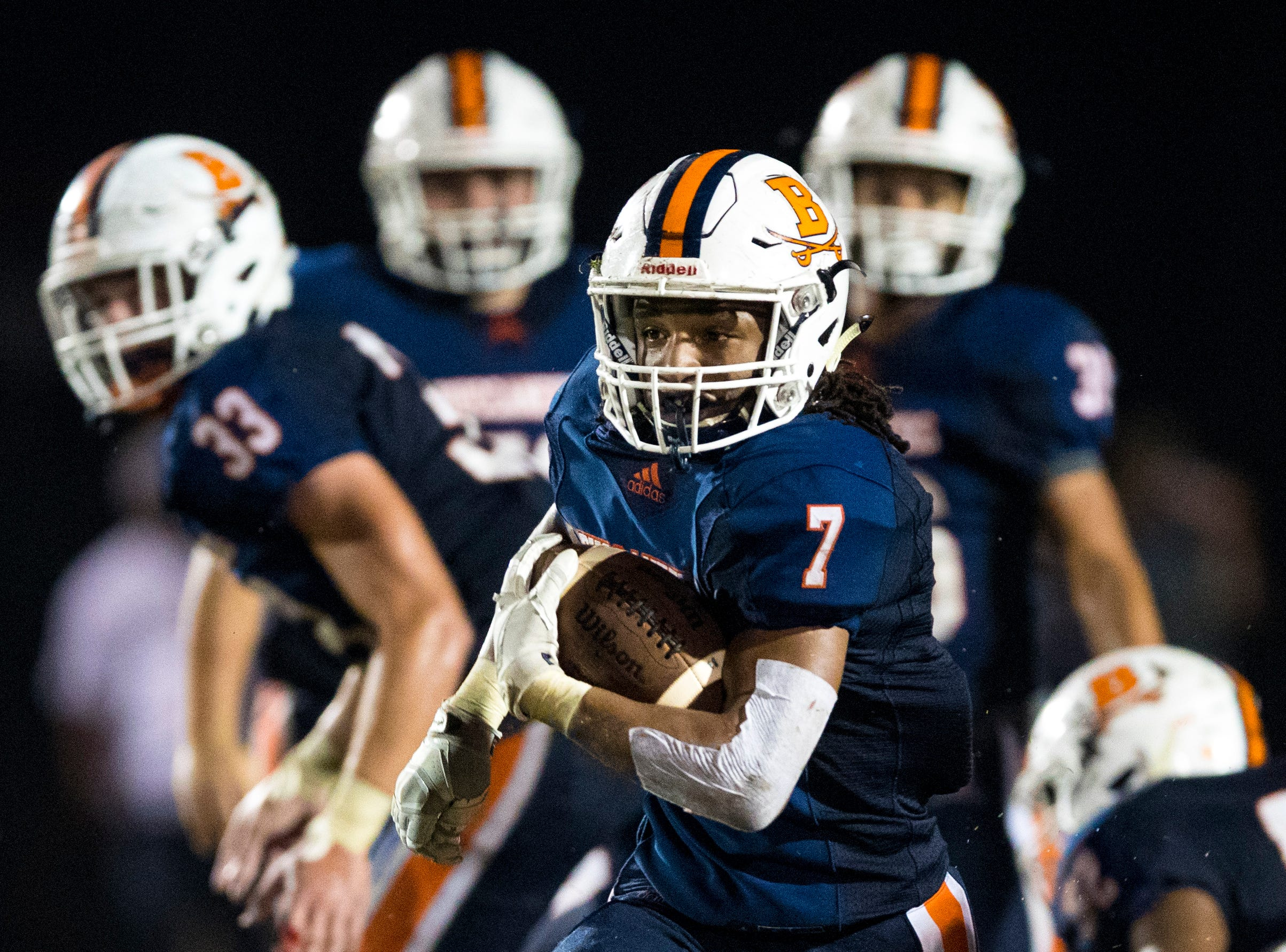 Beech's Ja'Sean Parks (7) runs the ball during Beech's game against Springfield at Beech High School in Hendersonville on Friday, Sept. 21, 2018.