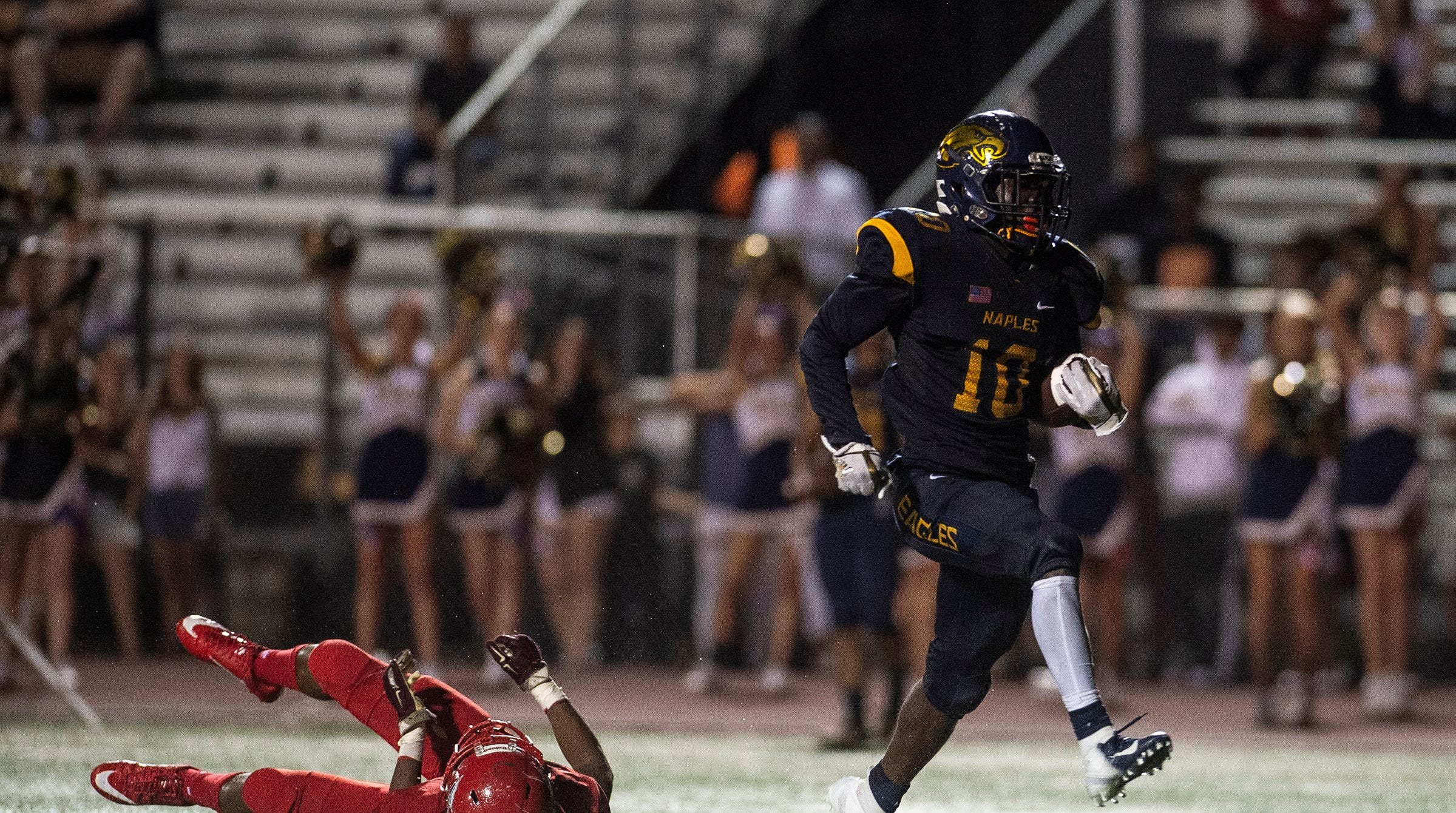 High school football Week 5 roundup: Naples routs Immokalee; Neumann, Golden Gate unbeaten