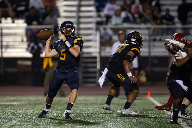 Naples High School's Drew Wiltsie throws the ball during a game against Immokalee High School in Naples, Fla. on Friday, September 21, 2018.