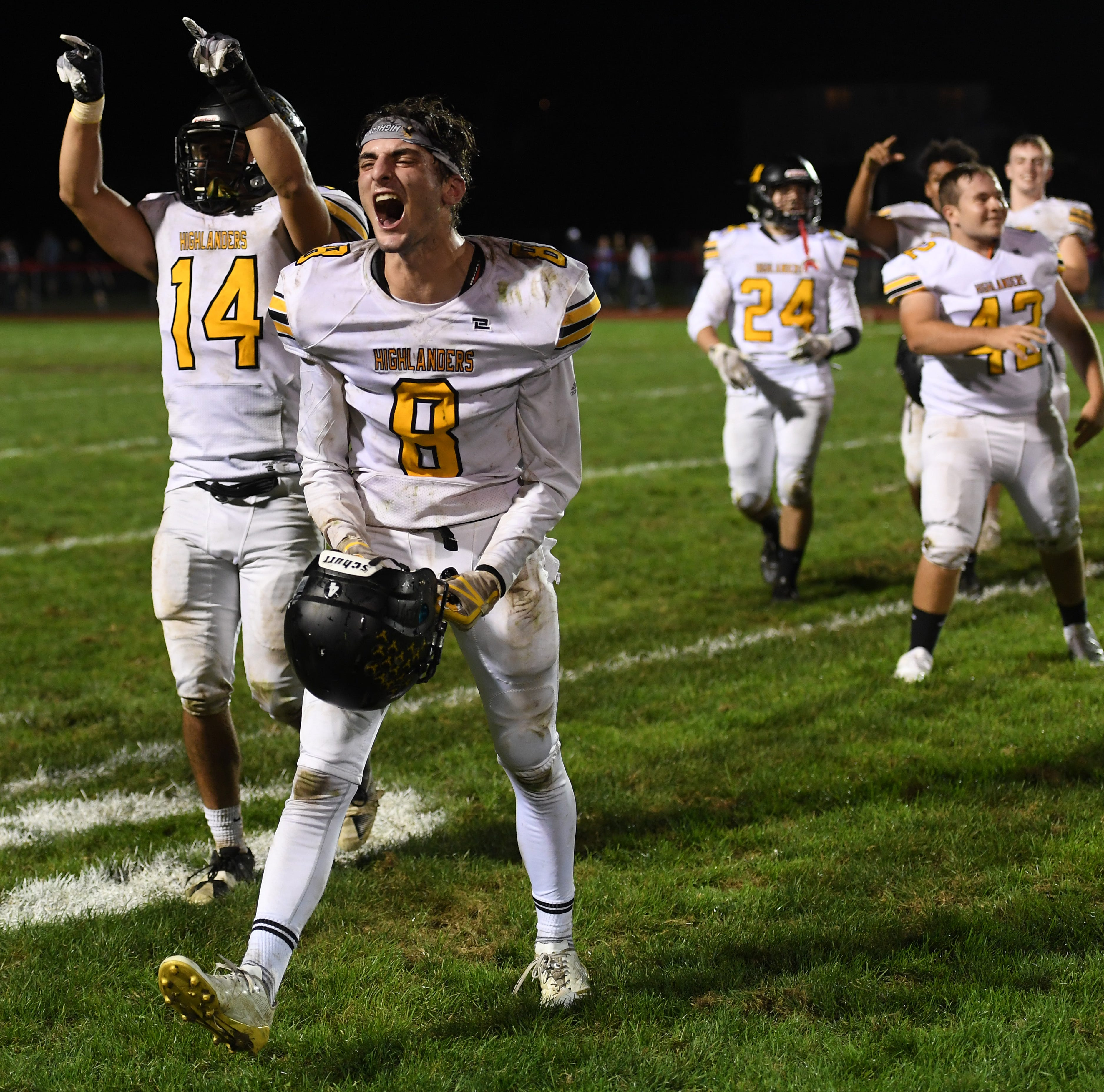 West Milford football comes back to beat Lakeland
