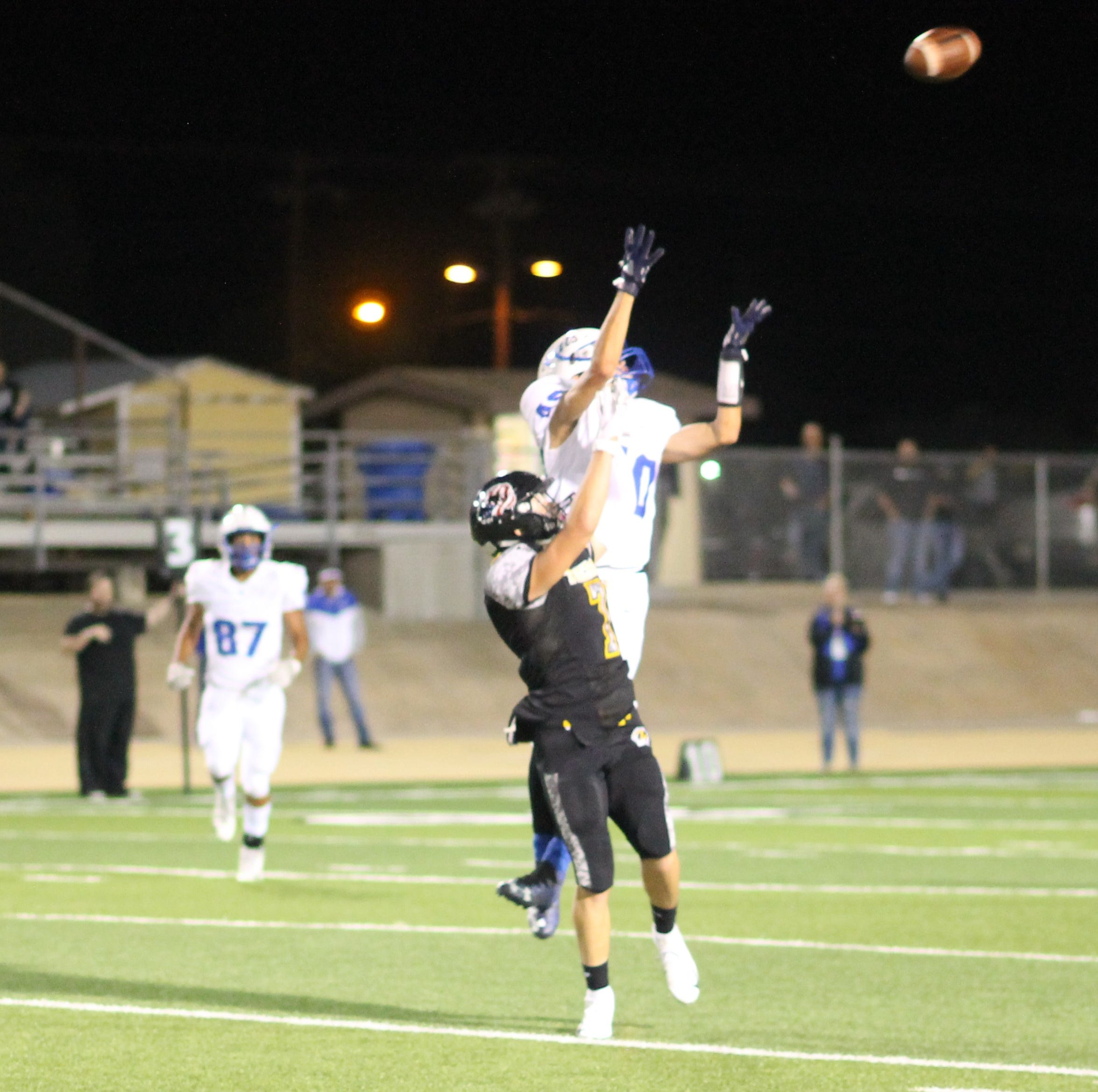 Alamogordo Tigers defanged by Lovington Wildcats 45-7