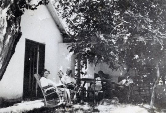 May Forline, Emily and 2 unidentified outside the McCallum Adobe now located at 221 S. Palm Canyon Dr. c. 1909