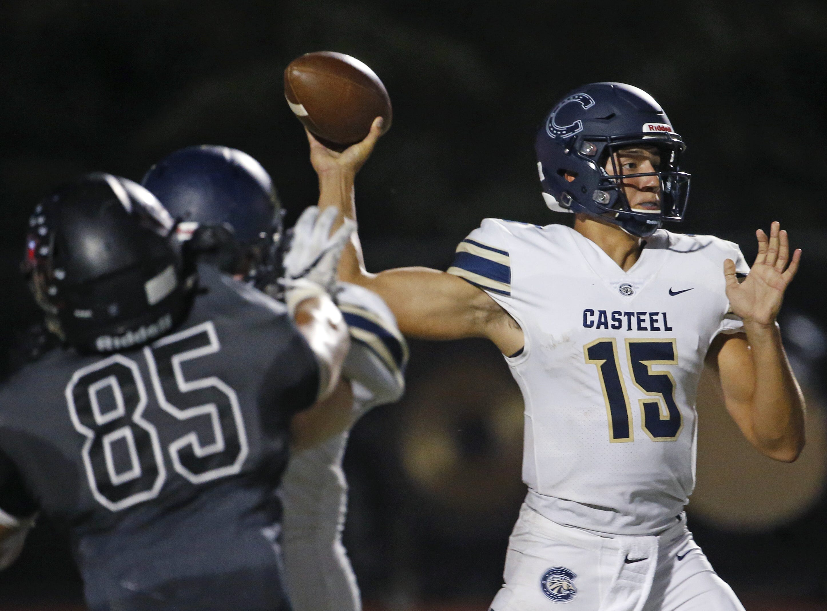 Casteel's Gunner Cruz (15) throws a pass against Williams Field at Williams Field High School in Gilbert, Ariz. on Sept. 21, 2018.  #azhsfb