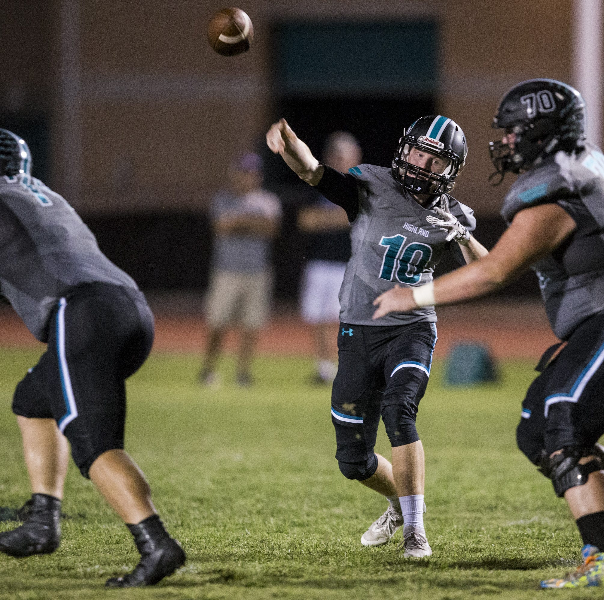 Highland improves to 6-0 with 'FitzMagic' rubbing off