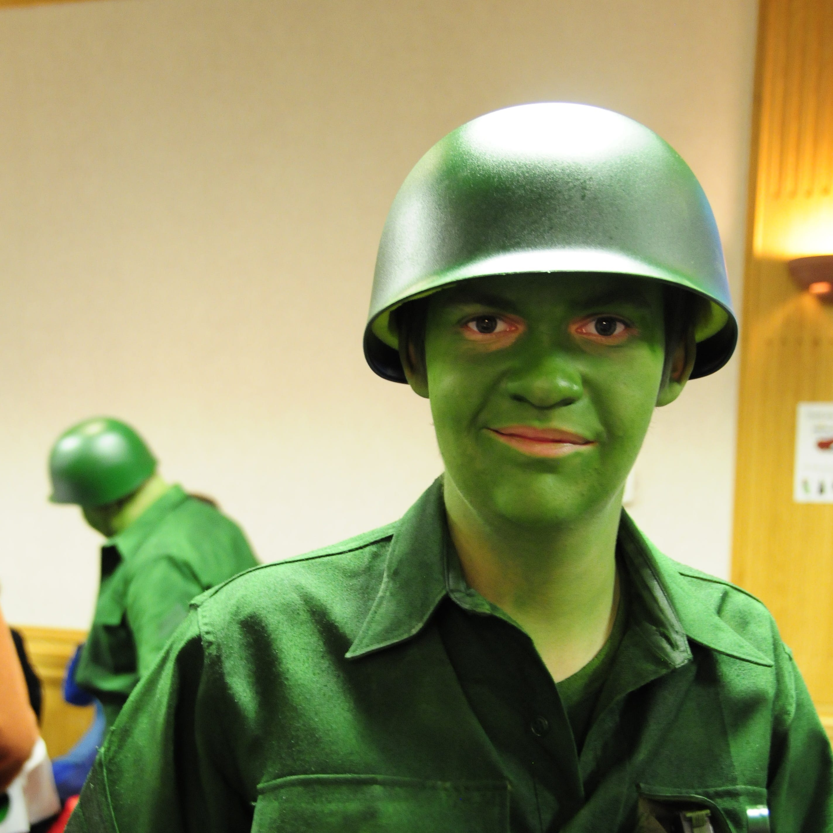 Comic Con brings out Marine City's characters