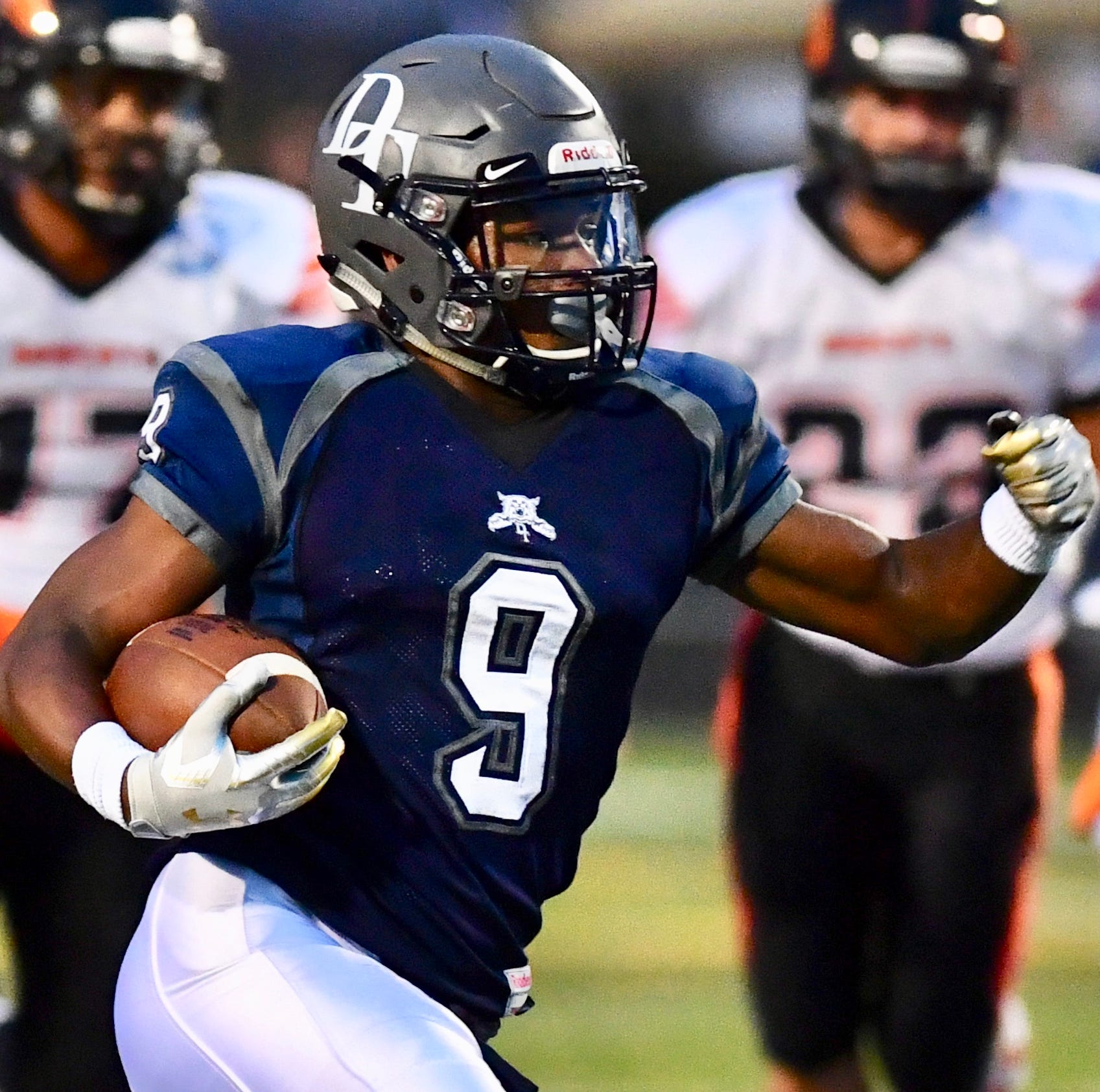 Dallastown RB Nyzair Smith runs for 321 yards, 4 touchdowns in win over Northeastern