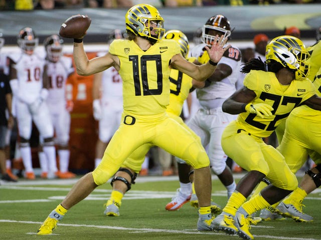 official photos 1ac51 fadaf Oregon Ducks have momentum, but will that be enough against ...