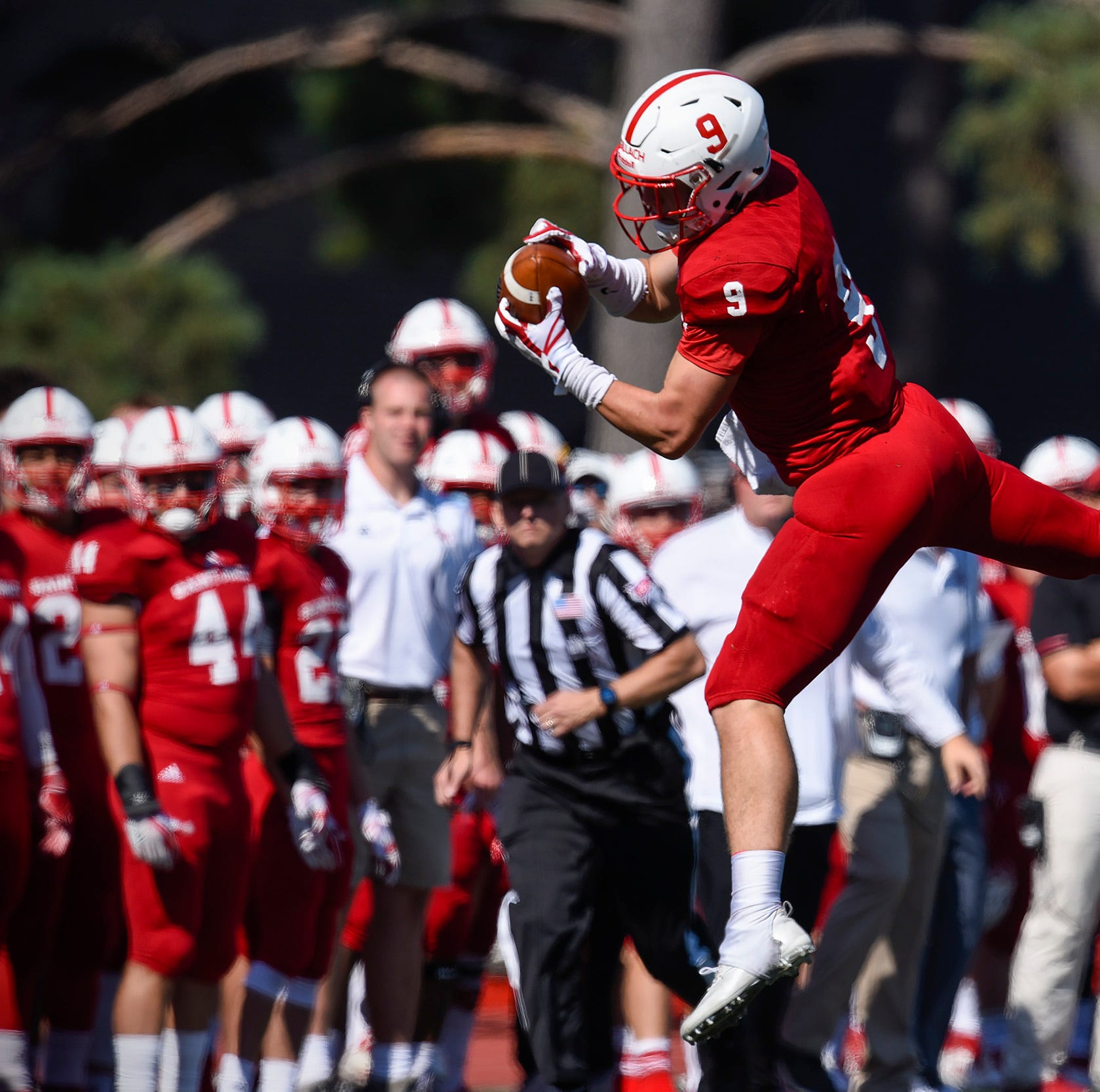Happy homecoming: Alvord, Johnnies have a good day