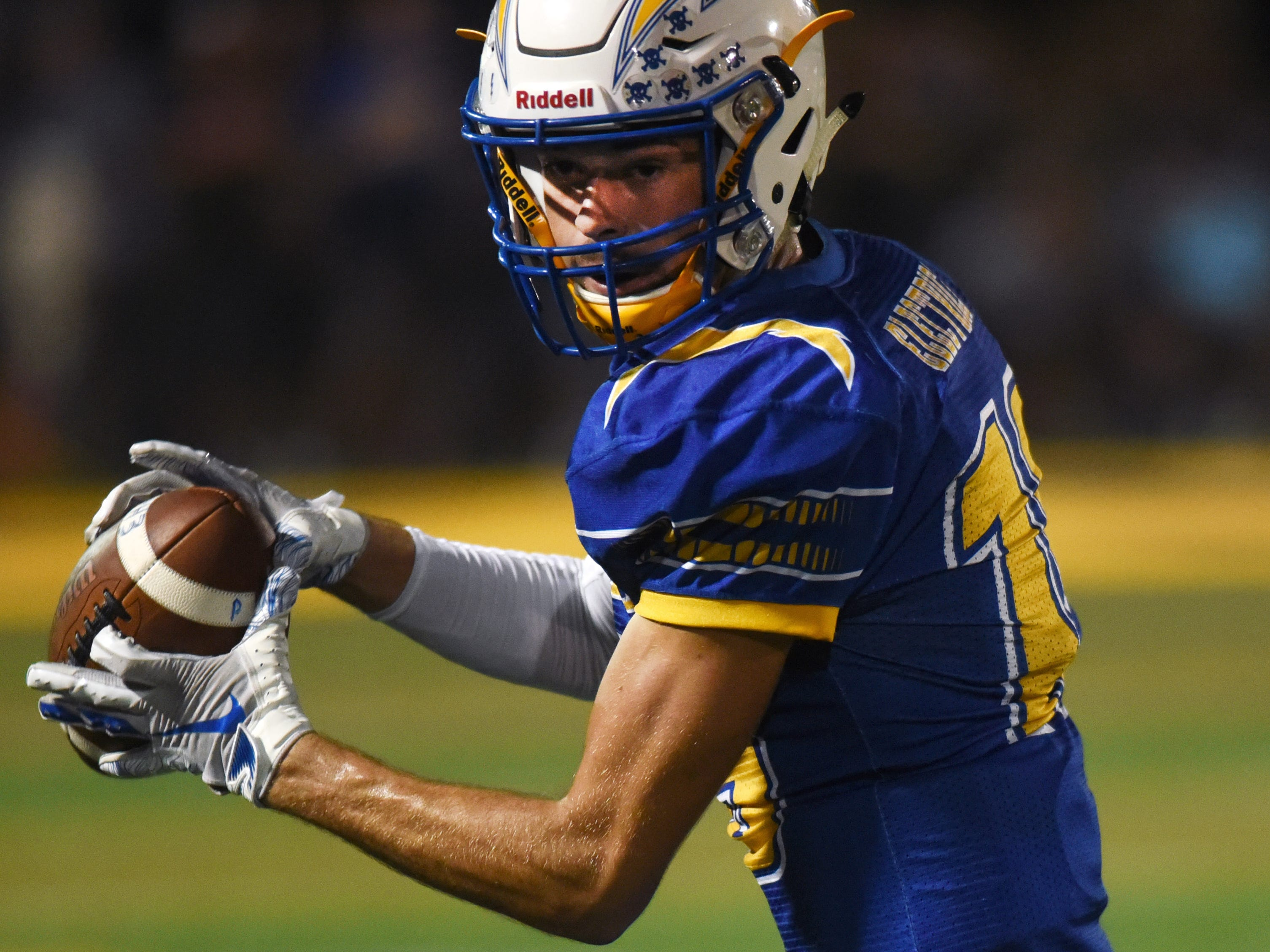 Philo's Carson Stottsberry makes a catch during the second half against Tri-Valley on Friday night at Sam Hatfield Stadium.