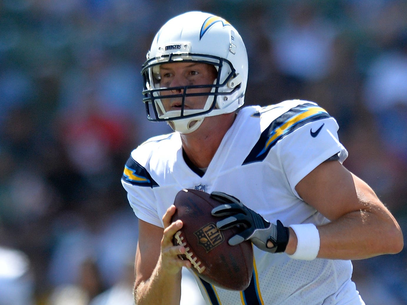 Los Angeles Chargers quarterback Philip Rivers (17) looks to pass against the Kansas City Chiefs at StubHub Center.