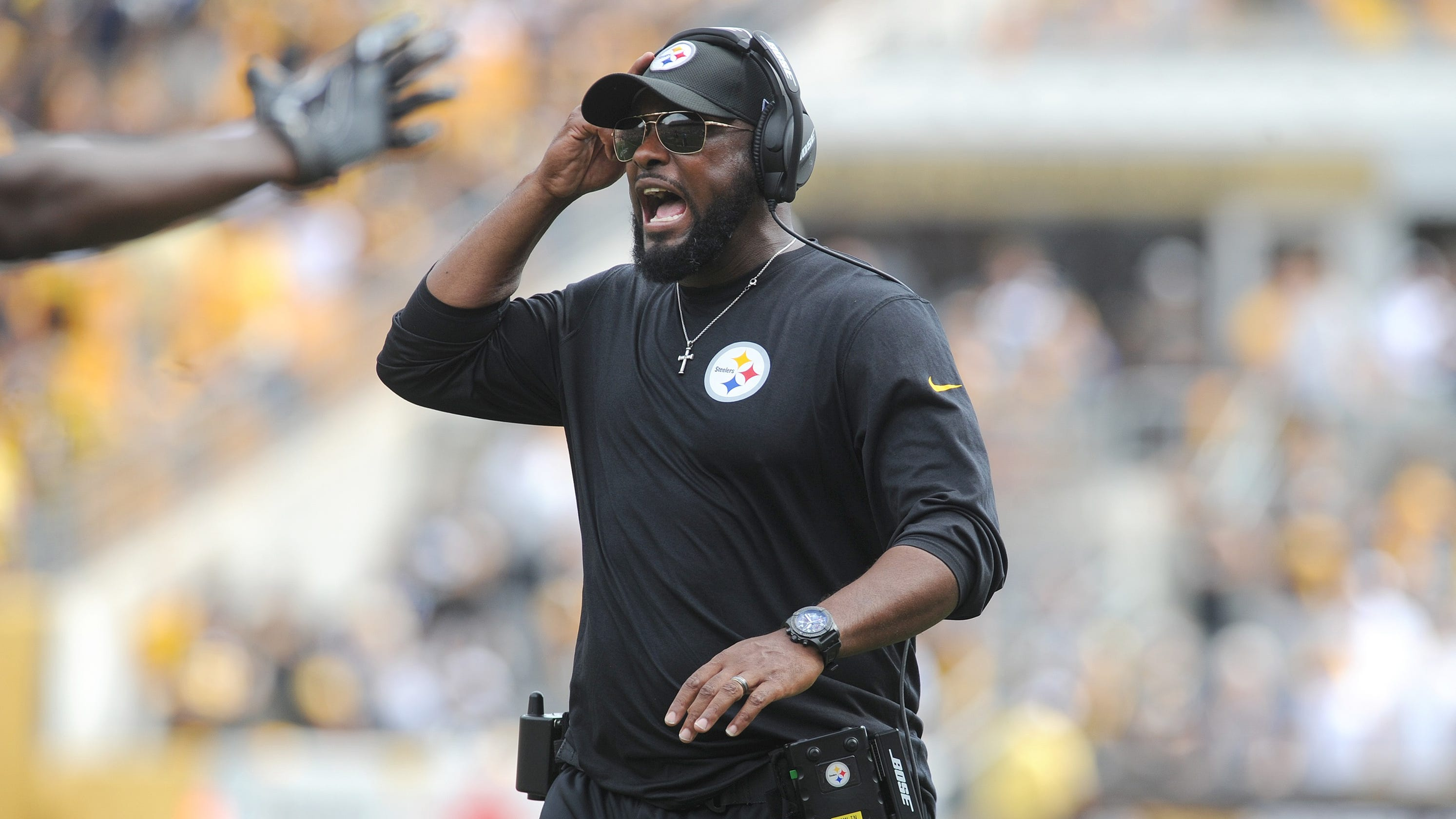 ef2bf08c Bell Tolls: Mike Tomlin's toughest coaching challenge goes beyond usual  Steelers drama