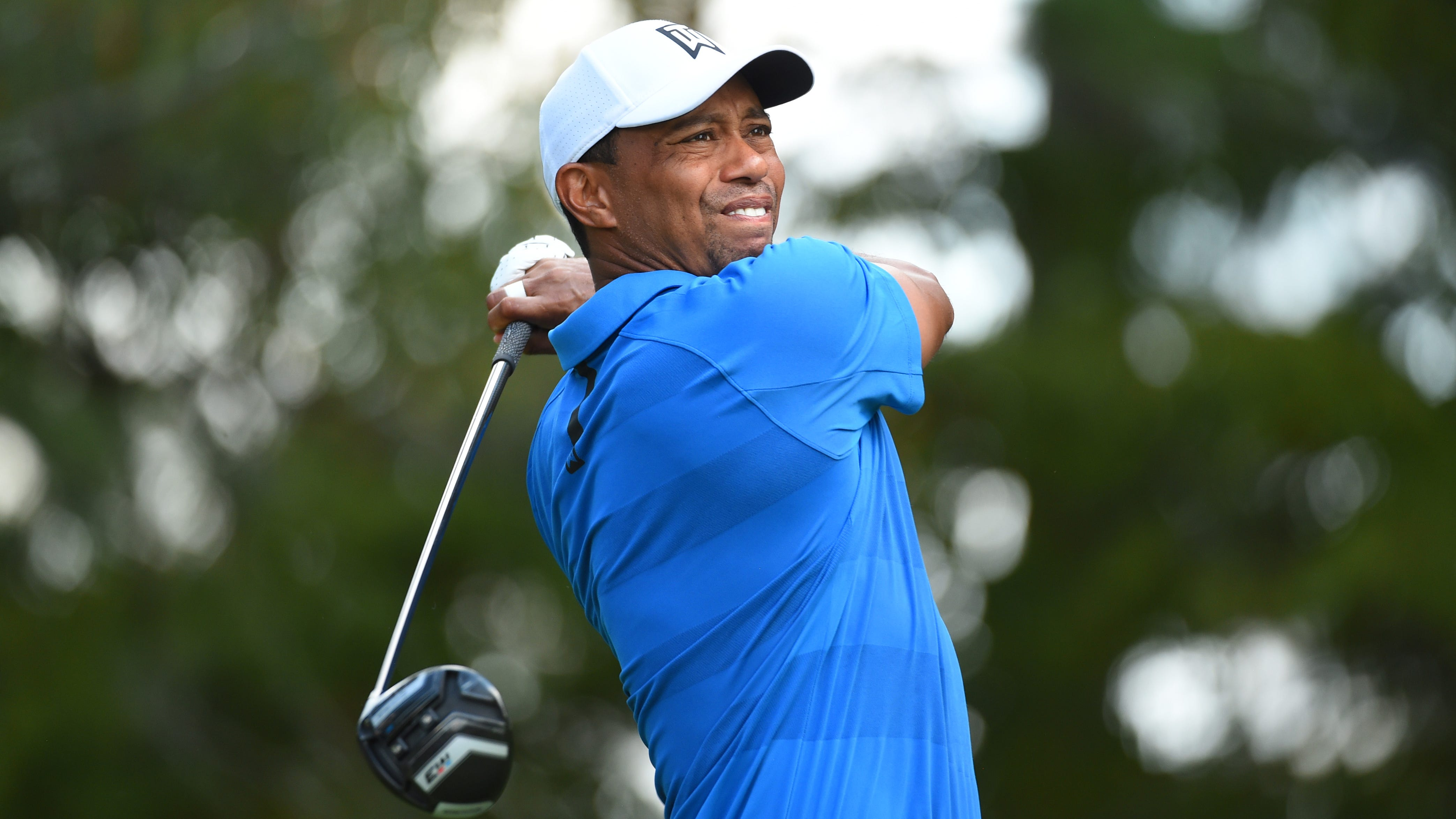 Tiger Woods has a shot to win the FedExCup, but he'll need some others to falter on Sunday to help make it happen.