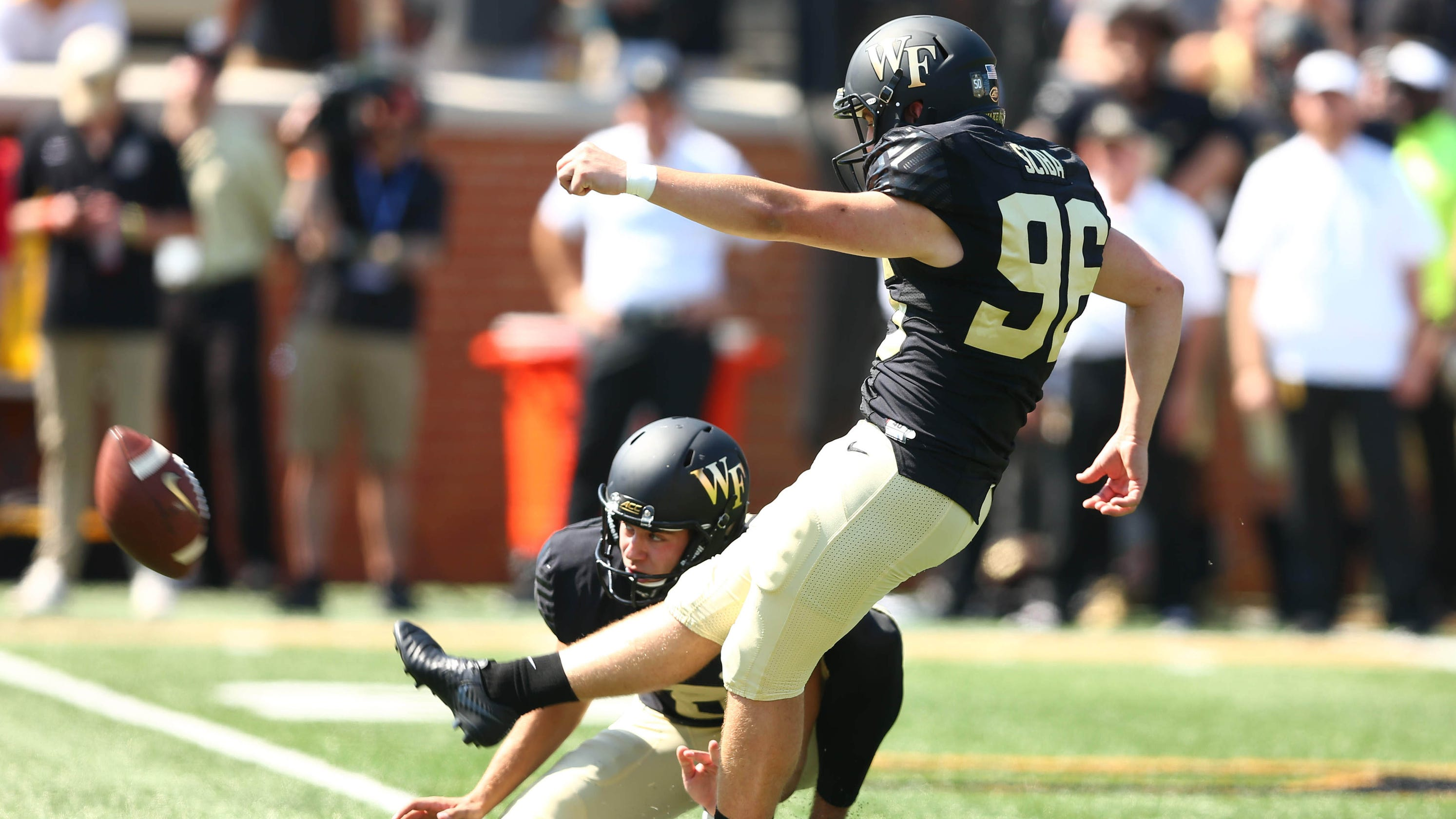 Kicker missing as Wake Forest lines up for field goal against Notre Dame