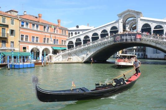 Ap Italy Gondola Death