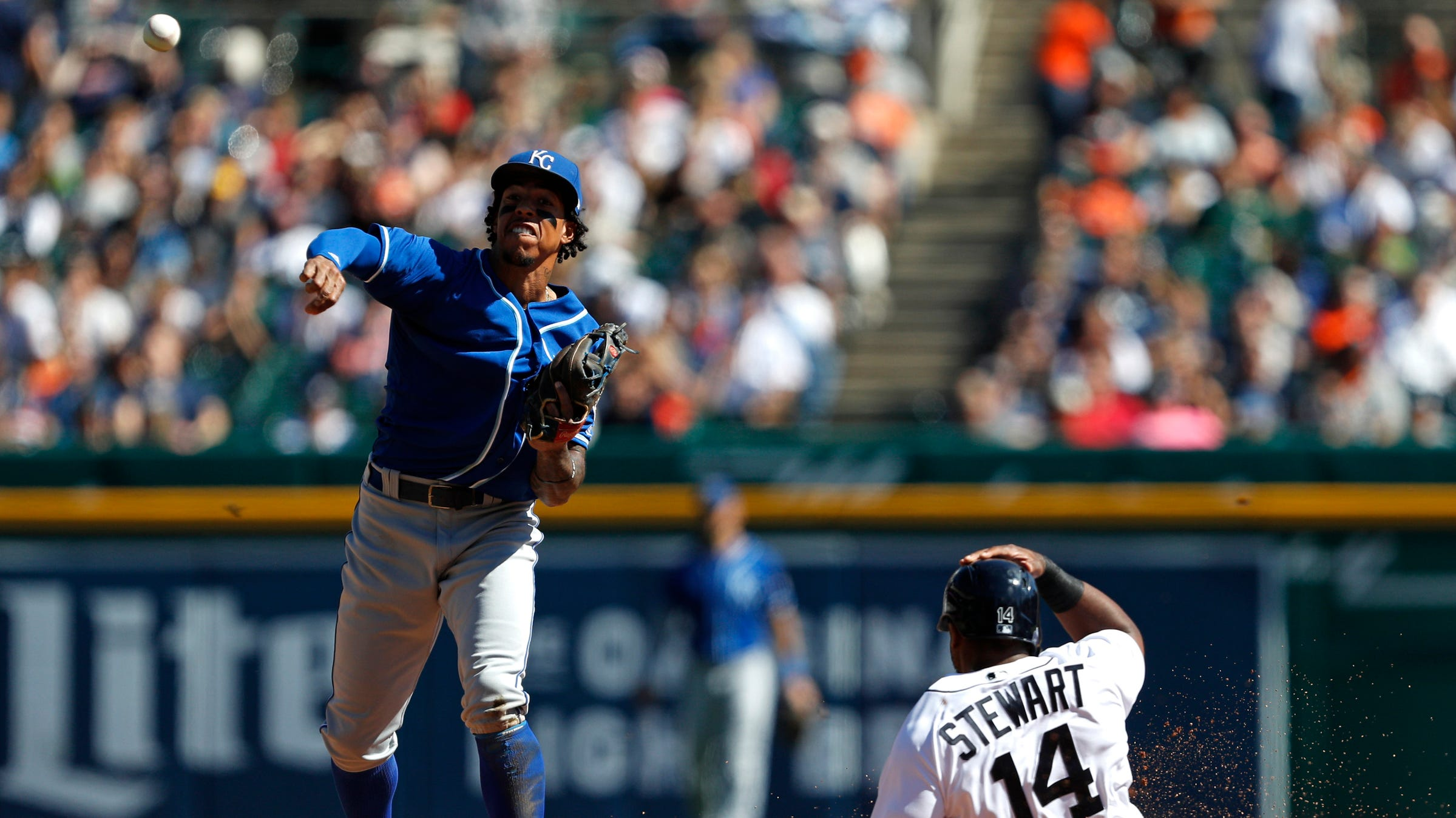 Detroit Tigers can't find much offense in home-finale loss to Royals