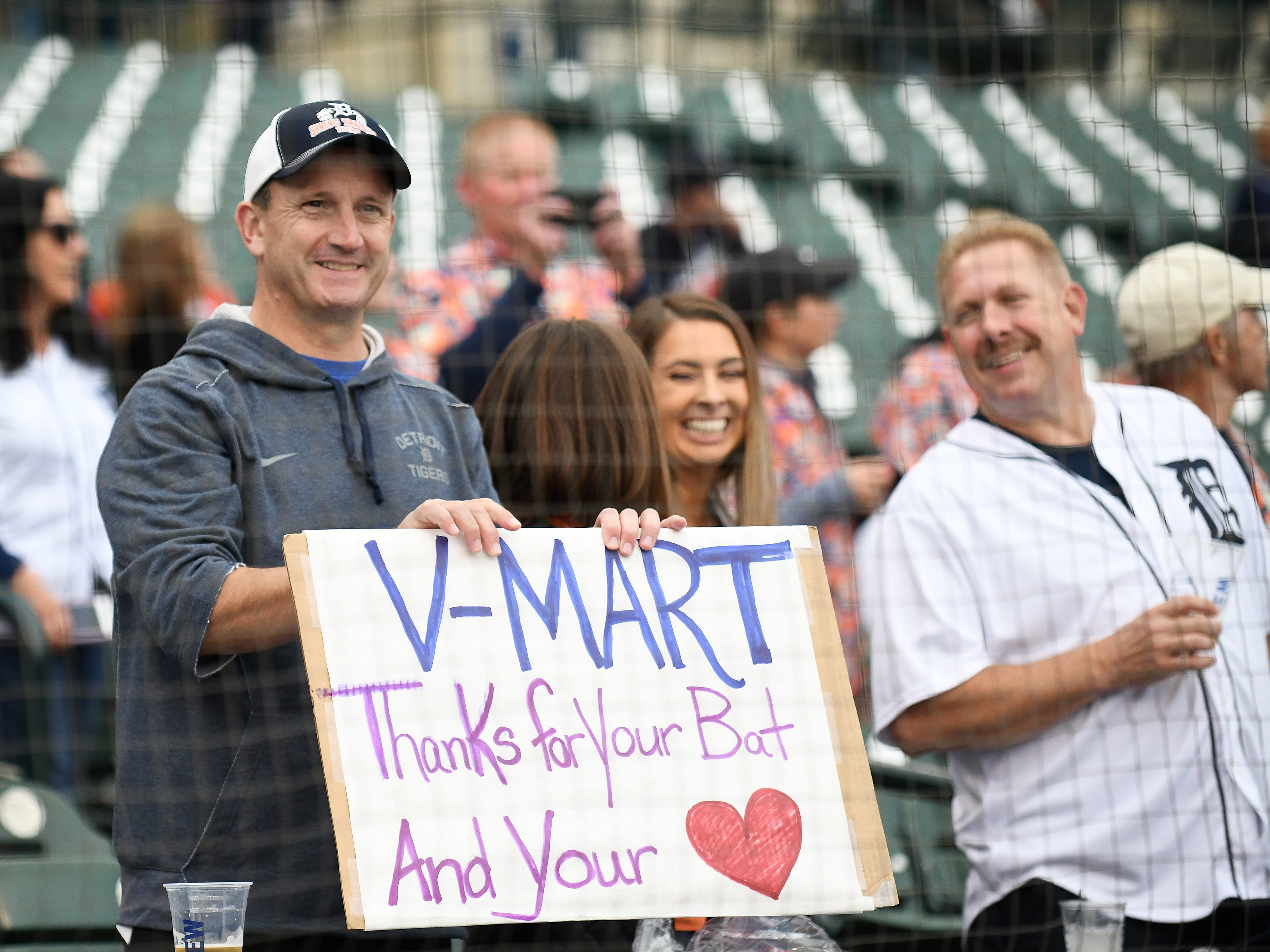 A fan with thanks to Victor Martinez during the special tribute ceremony.
