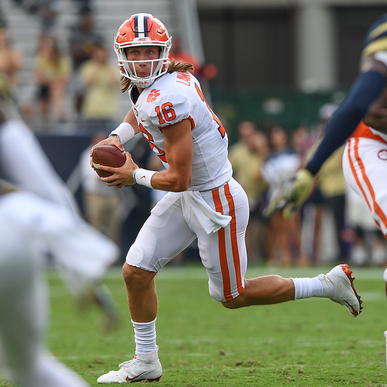 Freshman Trevor Lawrence to get nod as Clemson's starting quarterback
