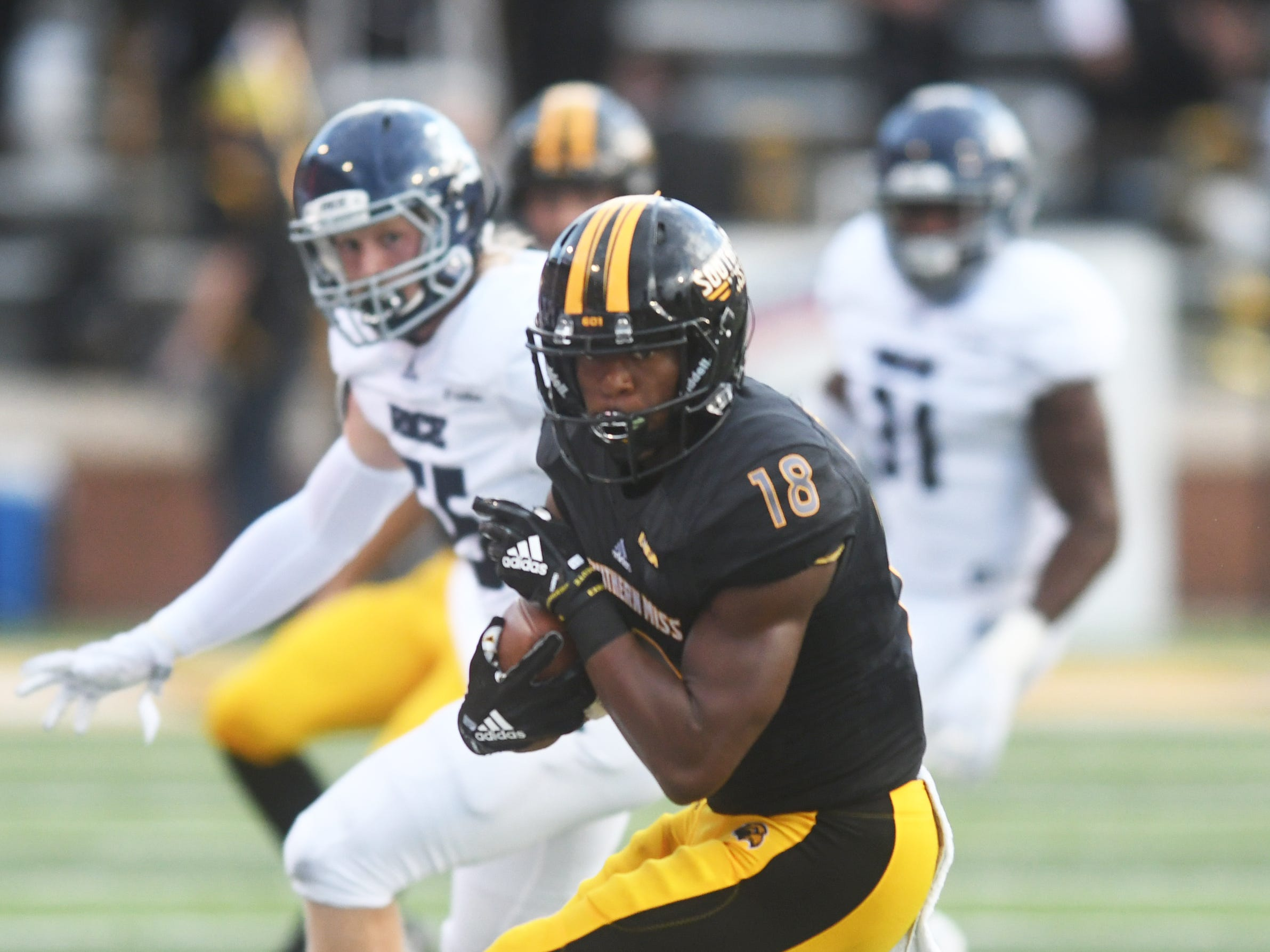Southern Miss wide receiver De'Michael Harries catches the ball for a first down in a game against Rice at M.M. Roberts Stadium on Saturday, September 22, 2018.