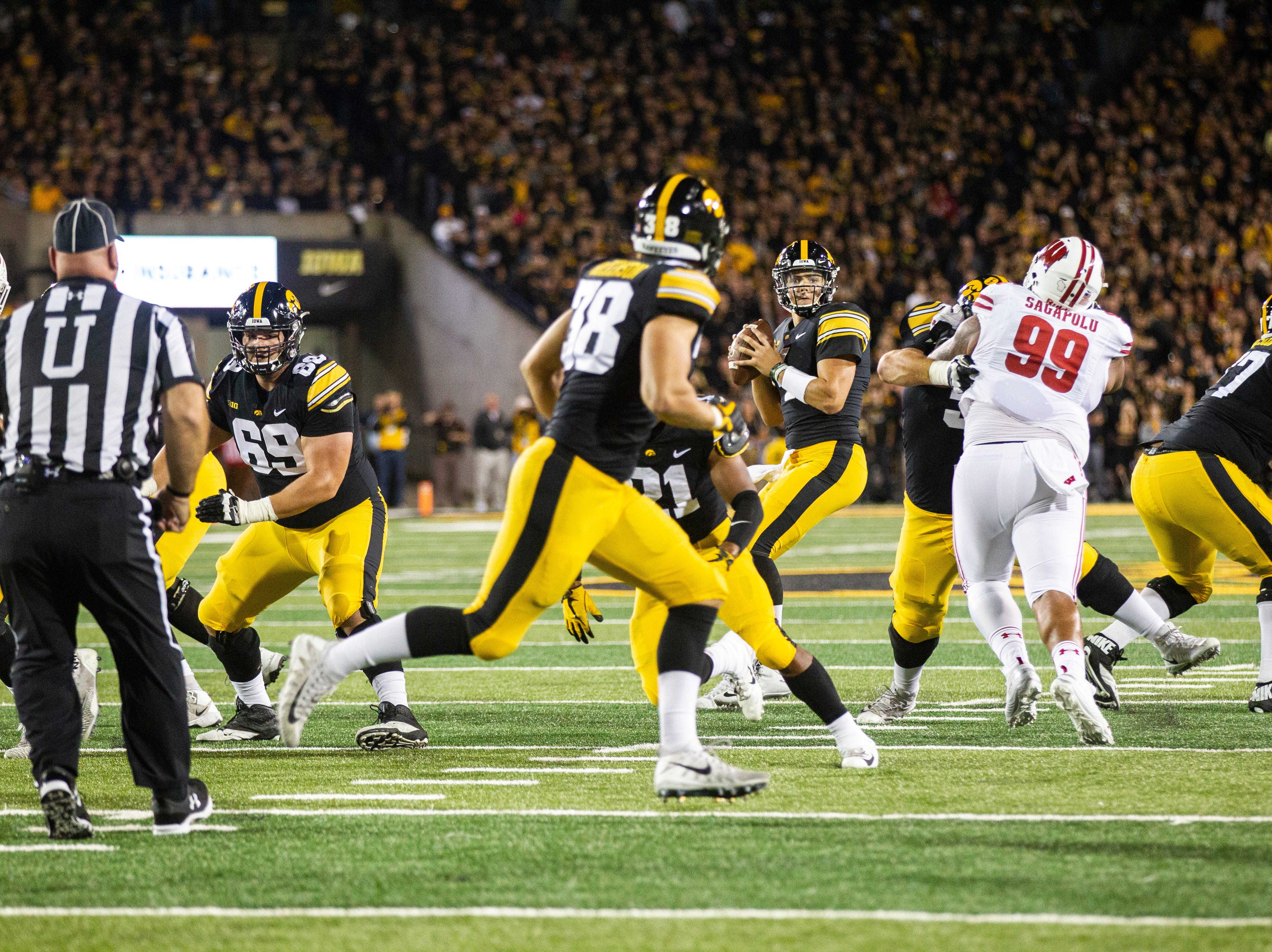 Iowa quarterback Nate Stanley (4) during an NCAA football game on Saturday, Sept. 22, 2018, at Kinnick Stadium in Iowa City.
