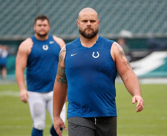 Indianapolis Colts offensive guard Matt Slauson (68) before the start of their game at Lincoln Financial Field in Philadelphia, PA. on Sunday, Sept. 23, 2018.