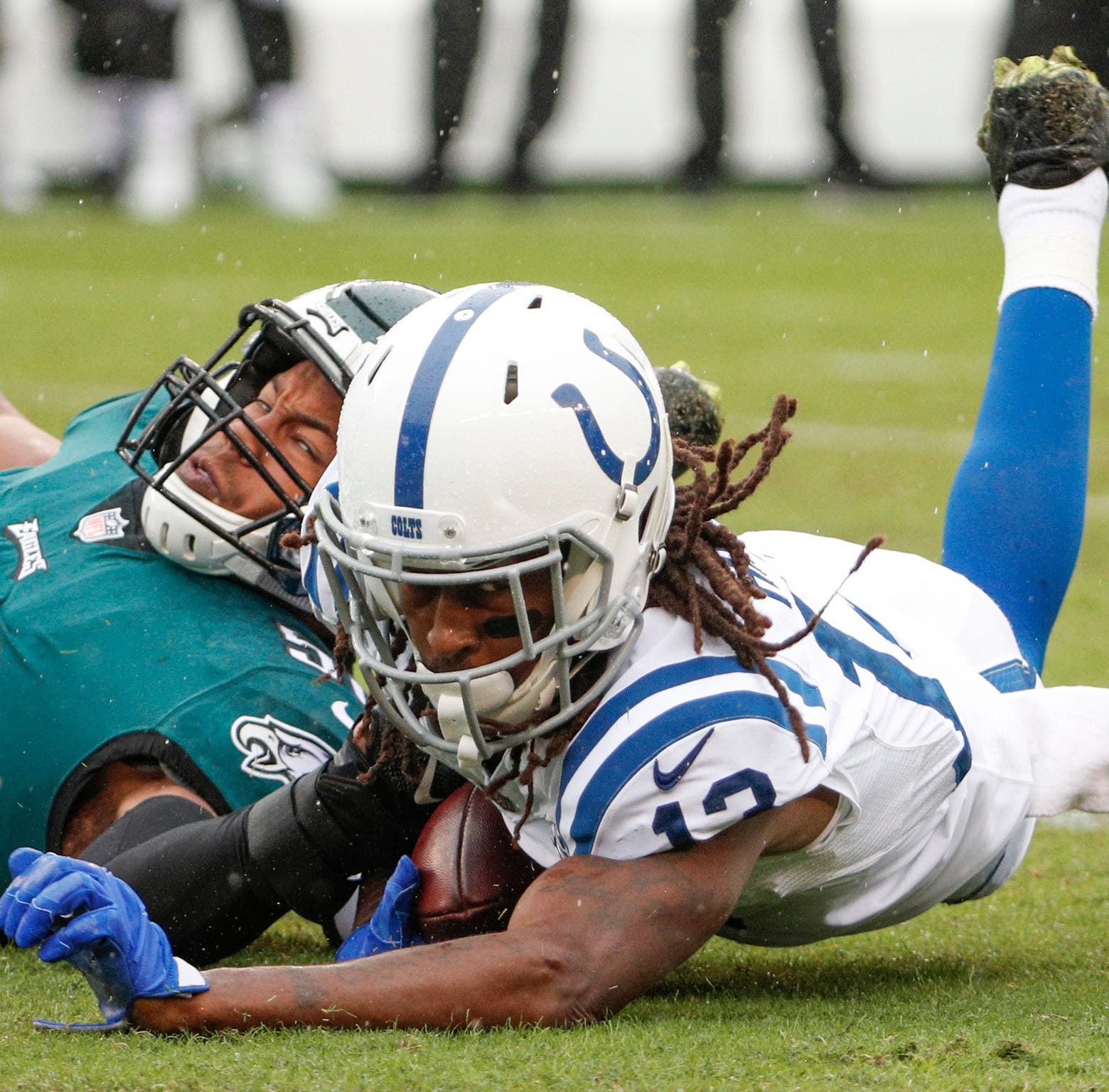Colts' defense can't get off the field in fourth quarter of 20-16 loss vs. Eagles